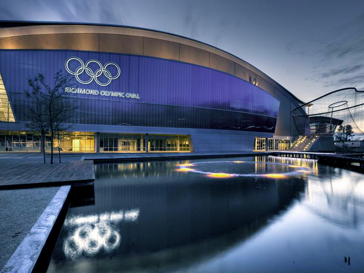 Richmond Olympic Oval water feature - Vincent Helton 2.jpg
