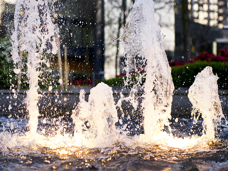 Wall Centre water fountain - Vincent Helton 8.jpg