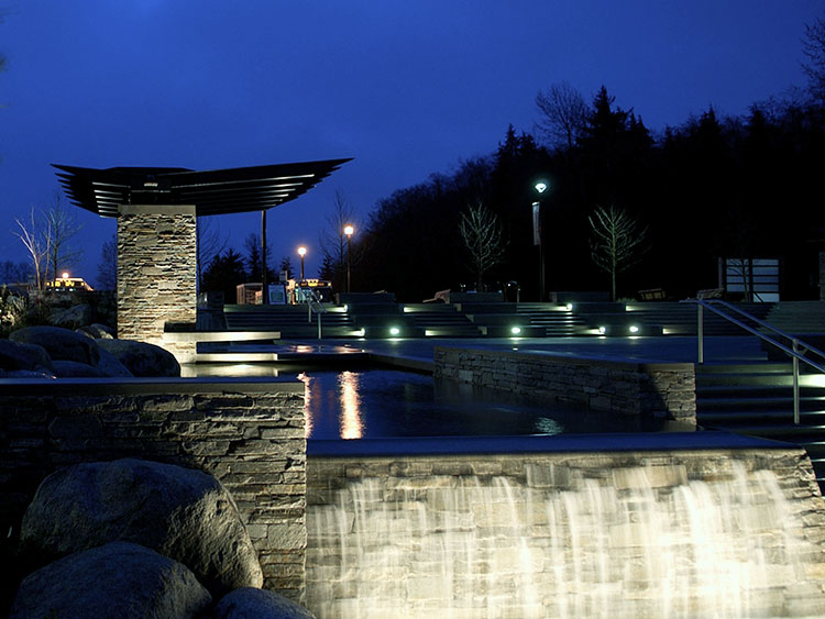 SFU Town & Gown Plaza water fountain - Vincent Helton 4.jpg