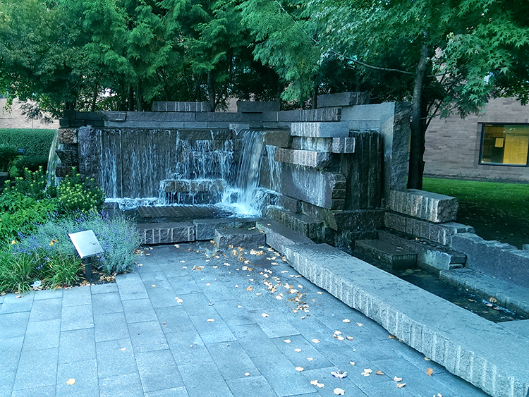 Fred Hutchinson Cancer Research Facility water fountain - Vincent Helton 6.jpg