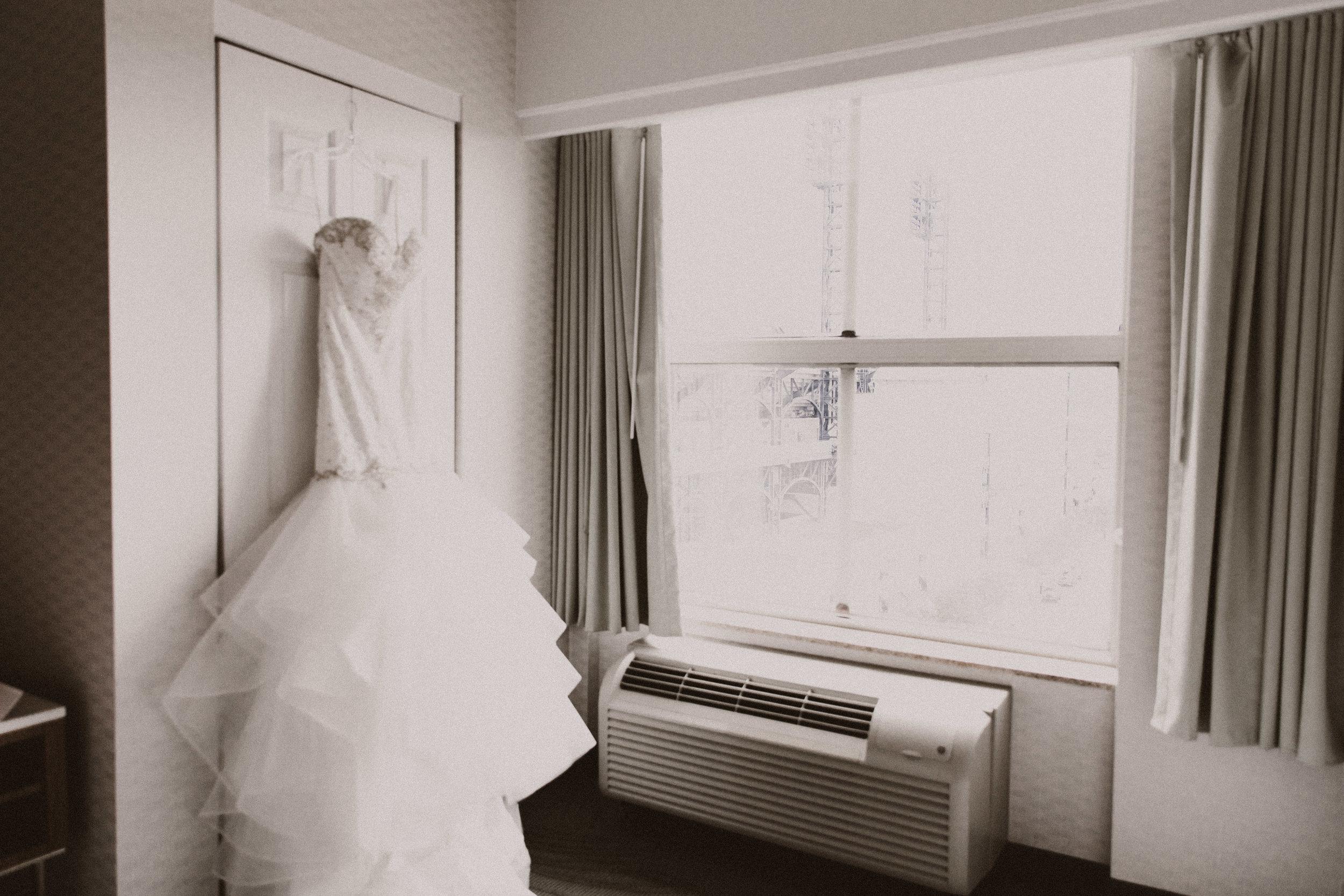 BUTLER, PA WEDDING PHOTOGRAPHER - 5W7A2969.jpg