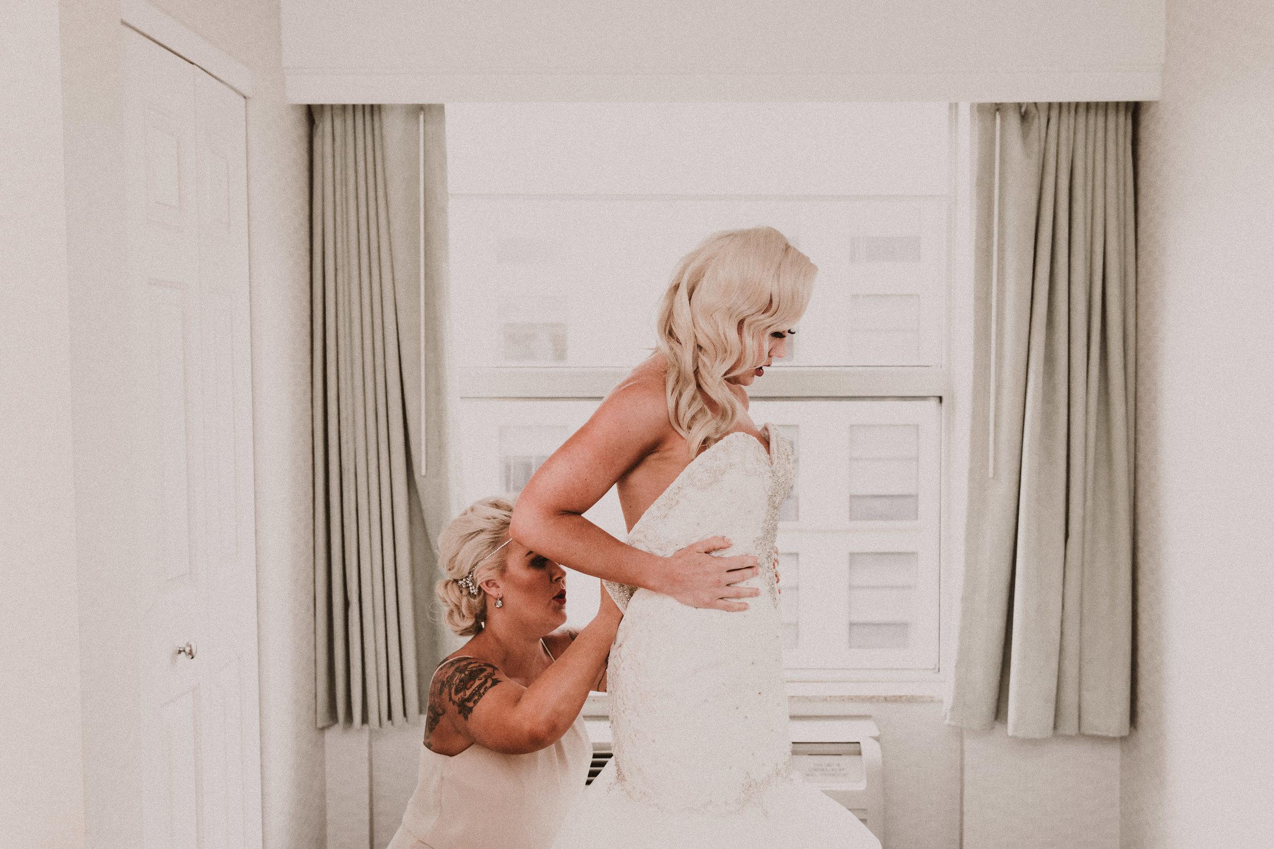 BUTLER, PA WEDDING PHOTOGRAPHER - 5W7A3135.jpg