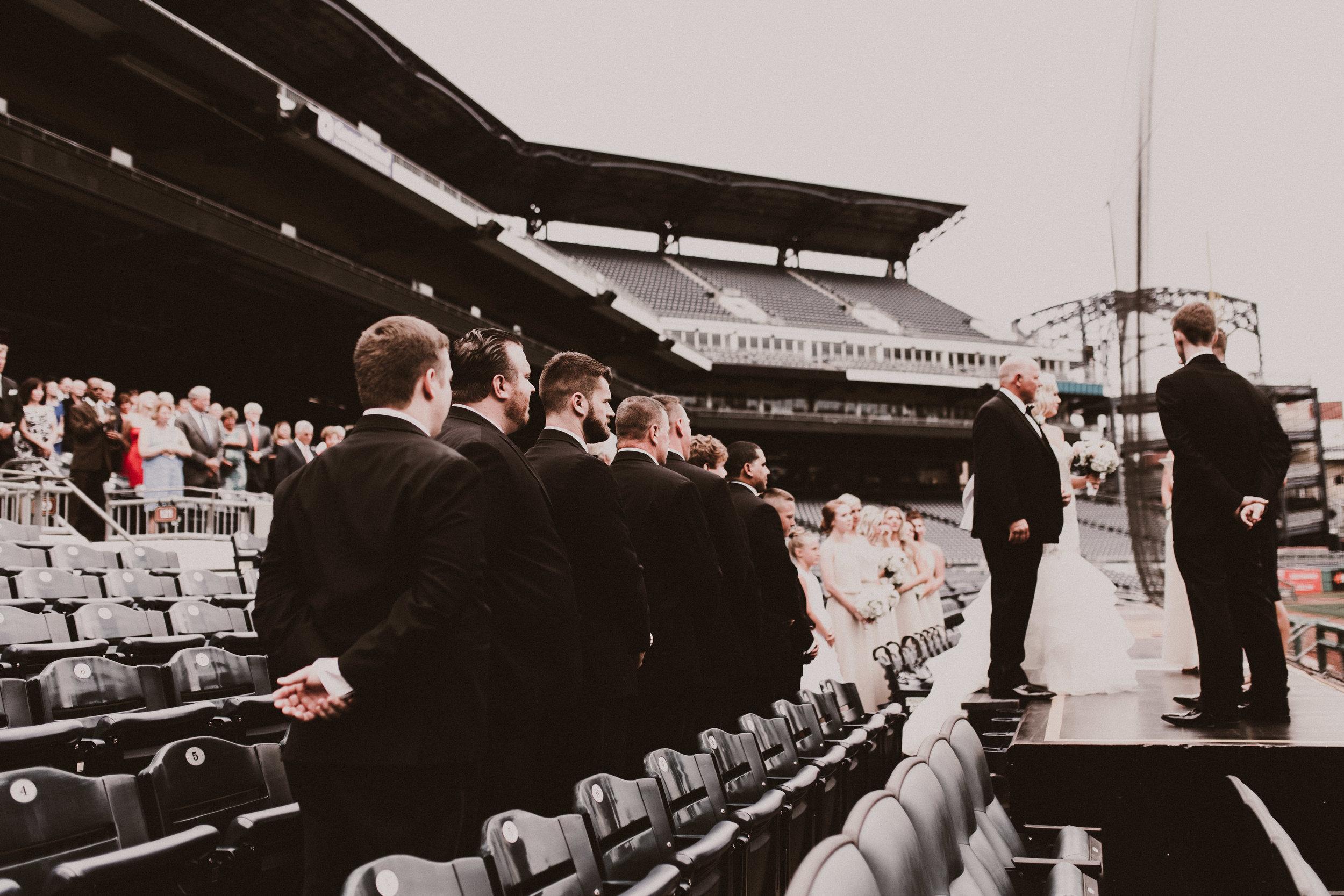BUTLER, PA WEDDING PHOTOGRAPHER - 5W7A3477.jpg