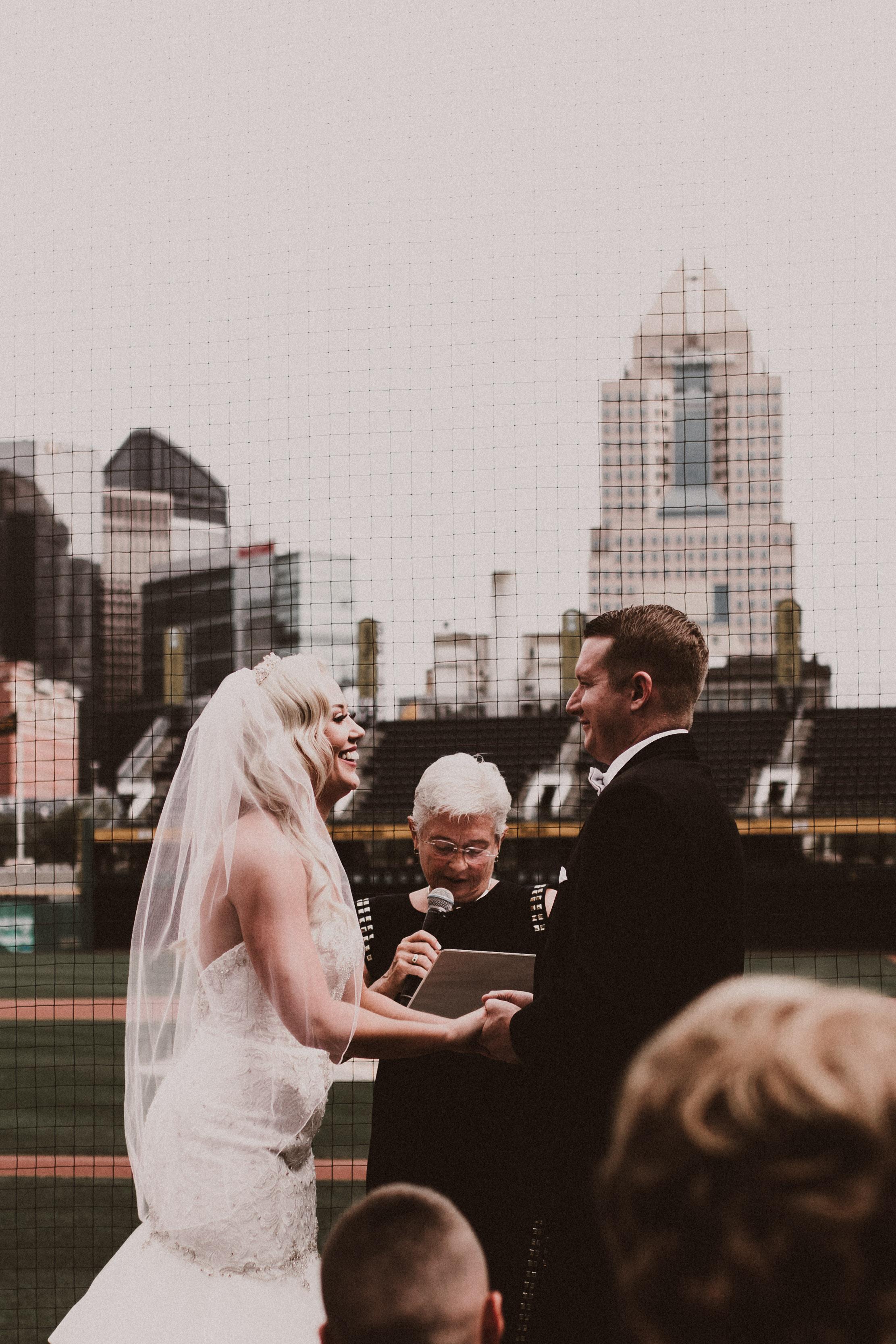 BUTLER, PA WEDDING PHOTOGRAPHER - 5W7A3587.jpg