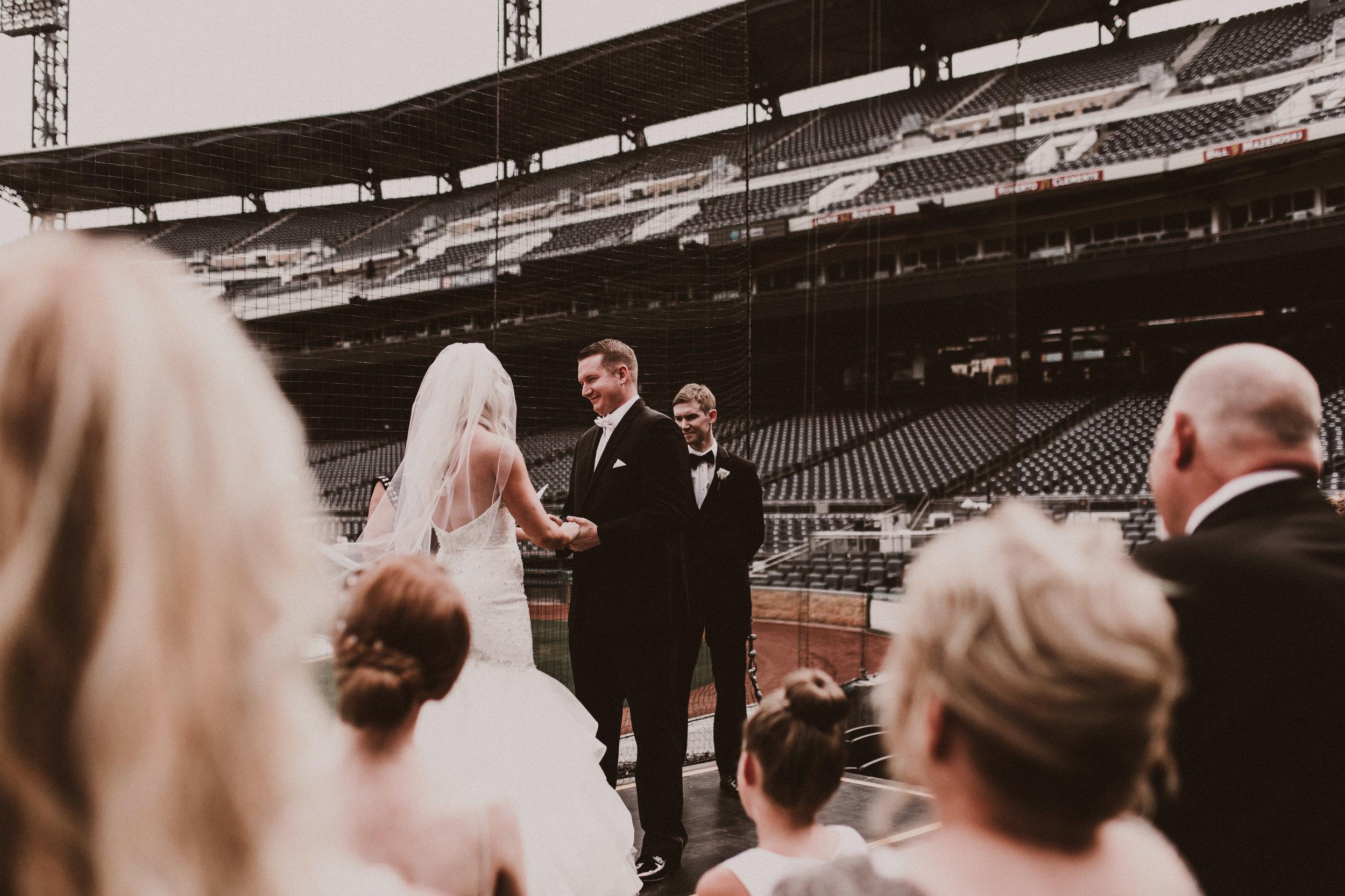 BUTLER, PA WEDDING PHOTOGRAPHER - 5W7A3603.jpg