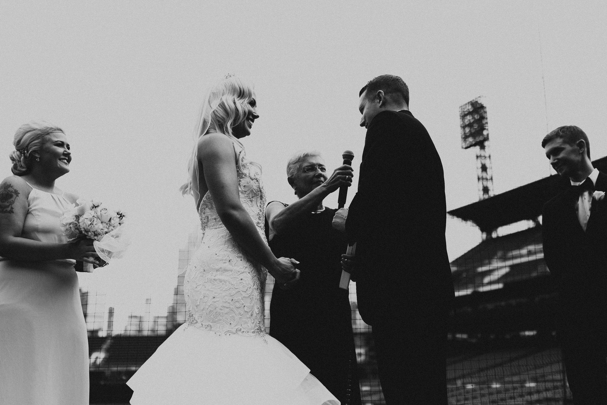 BUTLER, PA WEDDING PHOTOGRAPHER - 5W7A3631.jpg