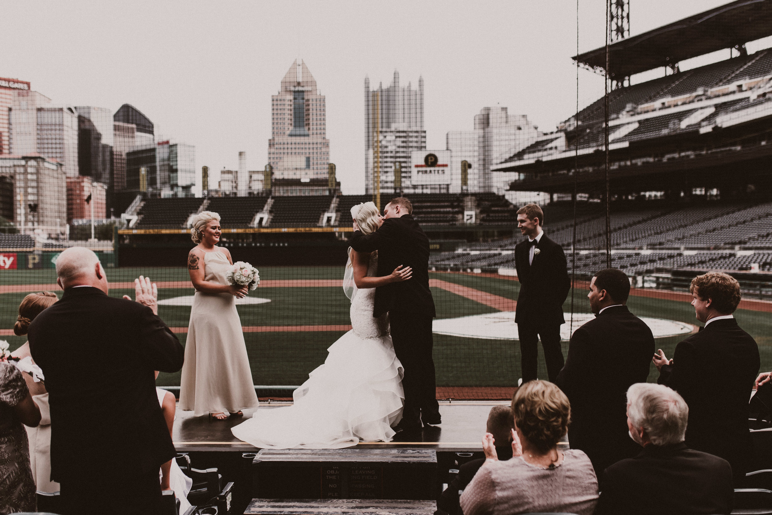 BUTLER, PA WEDDING PHOTOGRAPHER - 5W7A3669.jpg