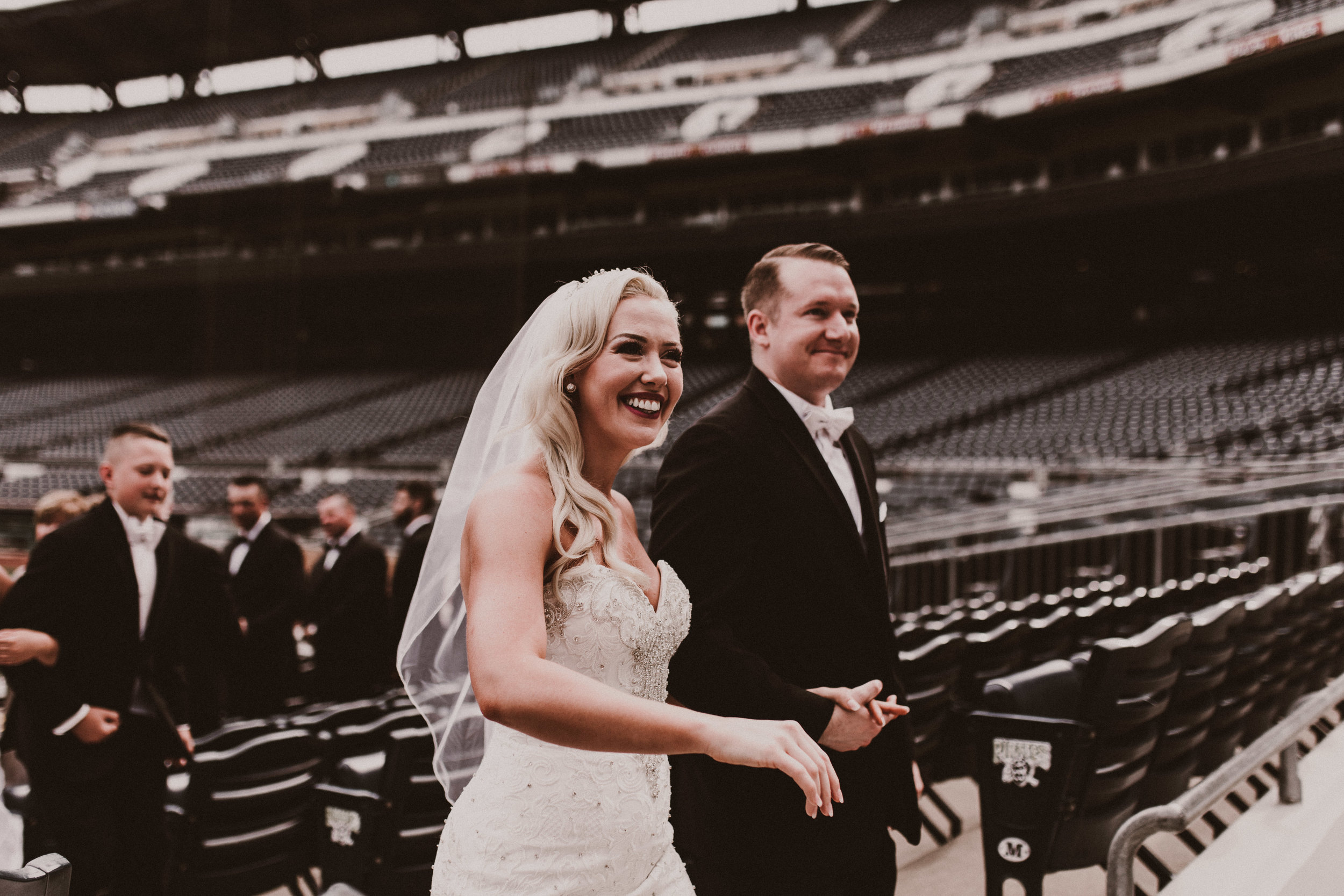 BUTLER, PA WEDDING PHOTOGRAPHER - 5W7A3705.jpg