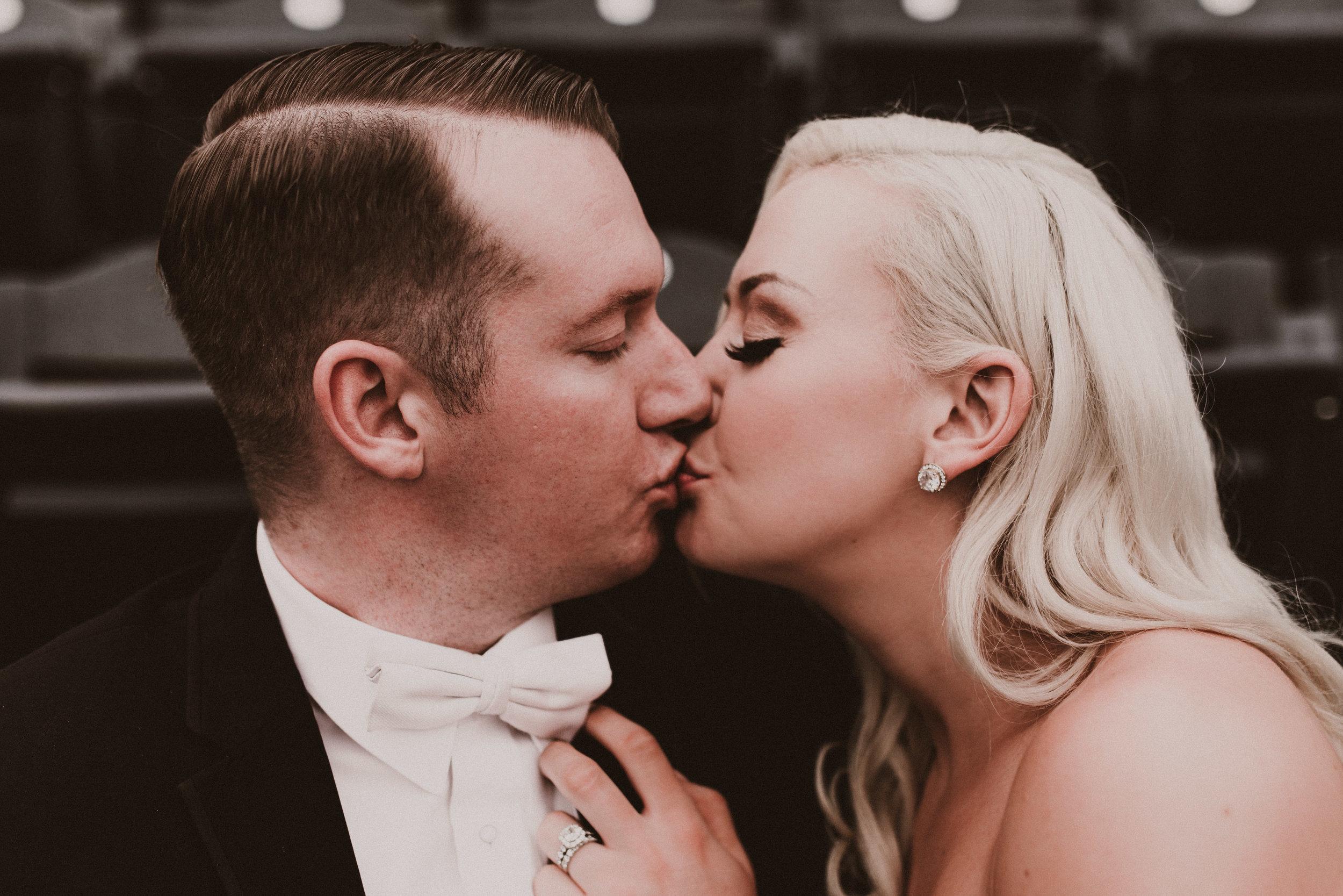 BUTLER, PA WEDDING PHOTOGRAPHER - 5W7A4617.jpg