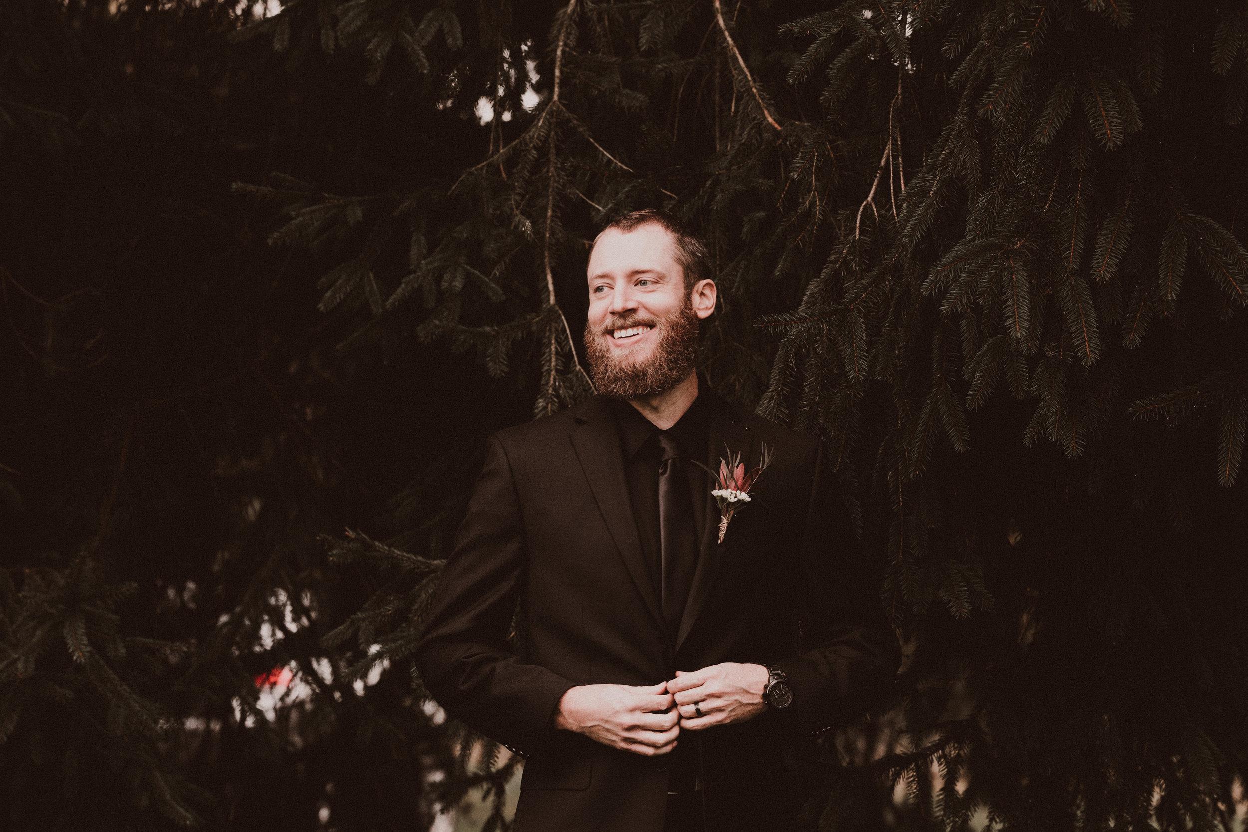 BUTLER, PA WEDDING PHOTOGRAPHER - 5W7A7221.jpg