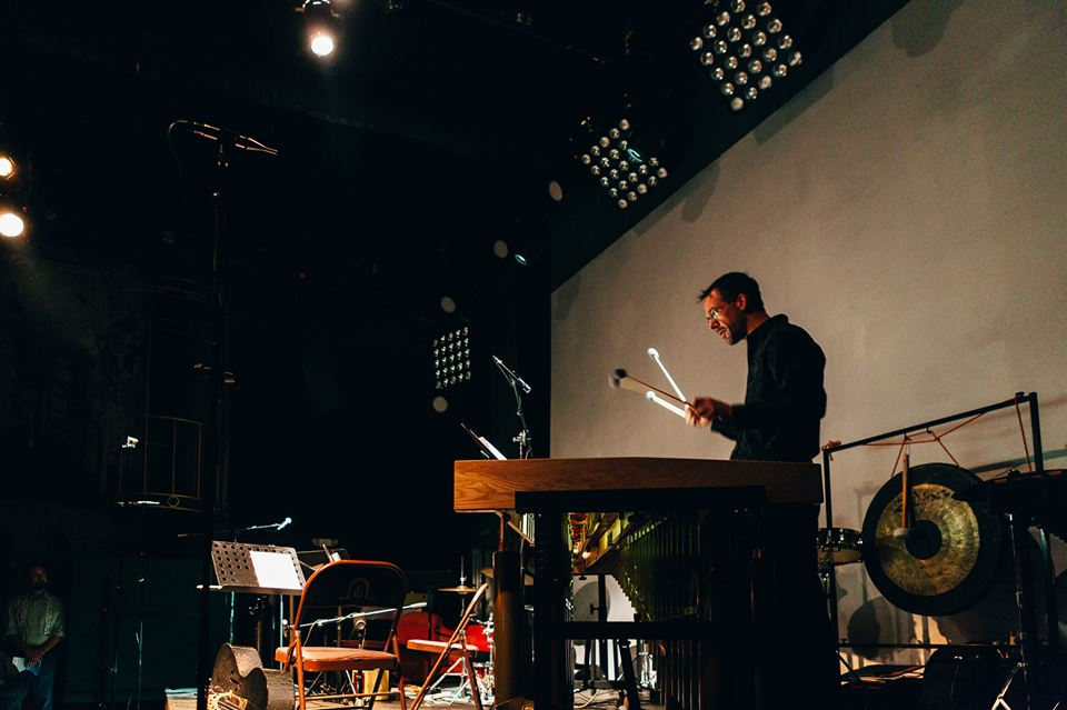 Dal Niente percussionist Greg Beyer performs at the Teatro Amador in Panama. Photo: Marc Belanger