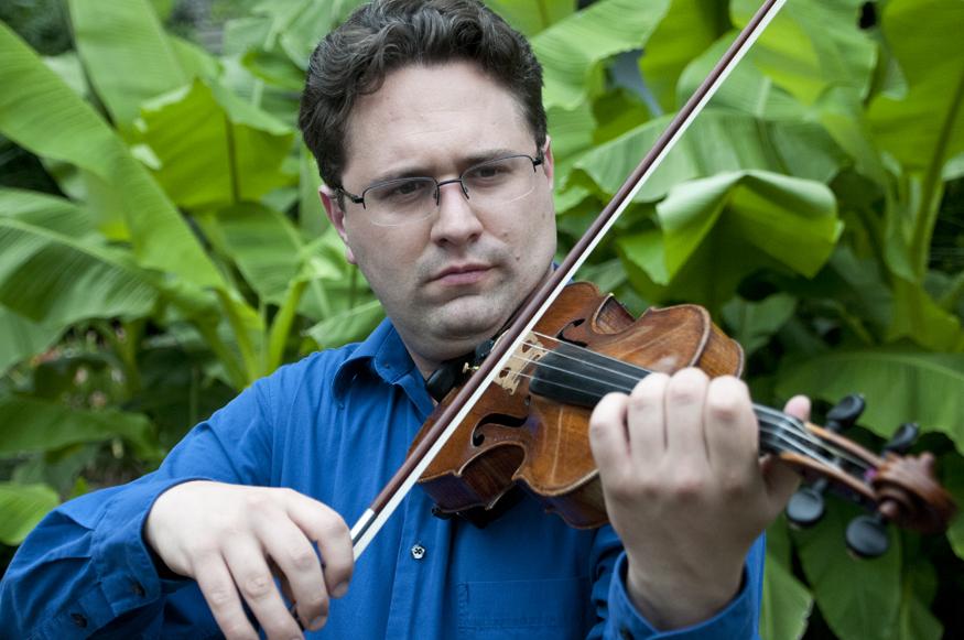 Tarn Travers - violin