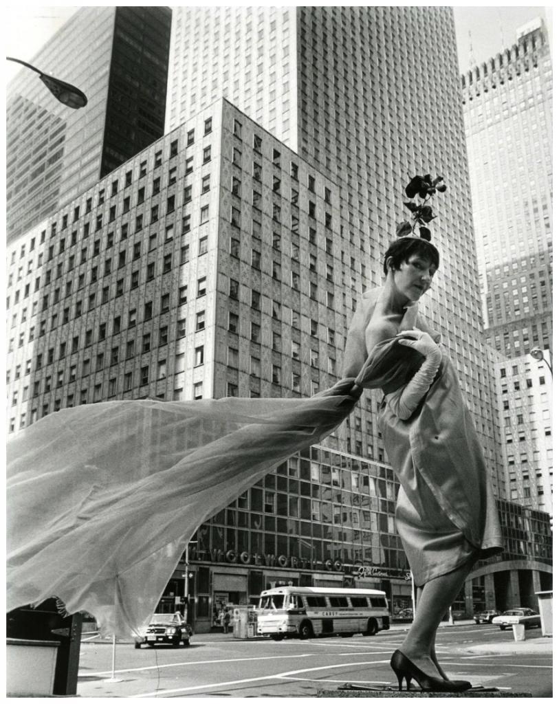 Socony-Mobil-Building-New-York-Historical-Society.png