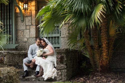 laura-wedding-button.jpg