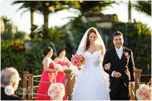 dina_wedding-button.jpg