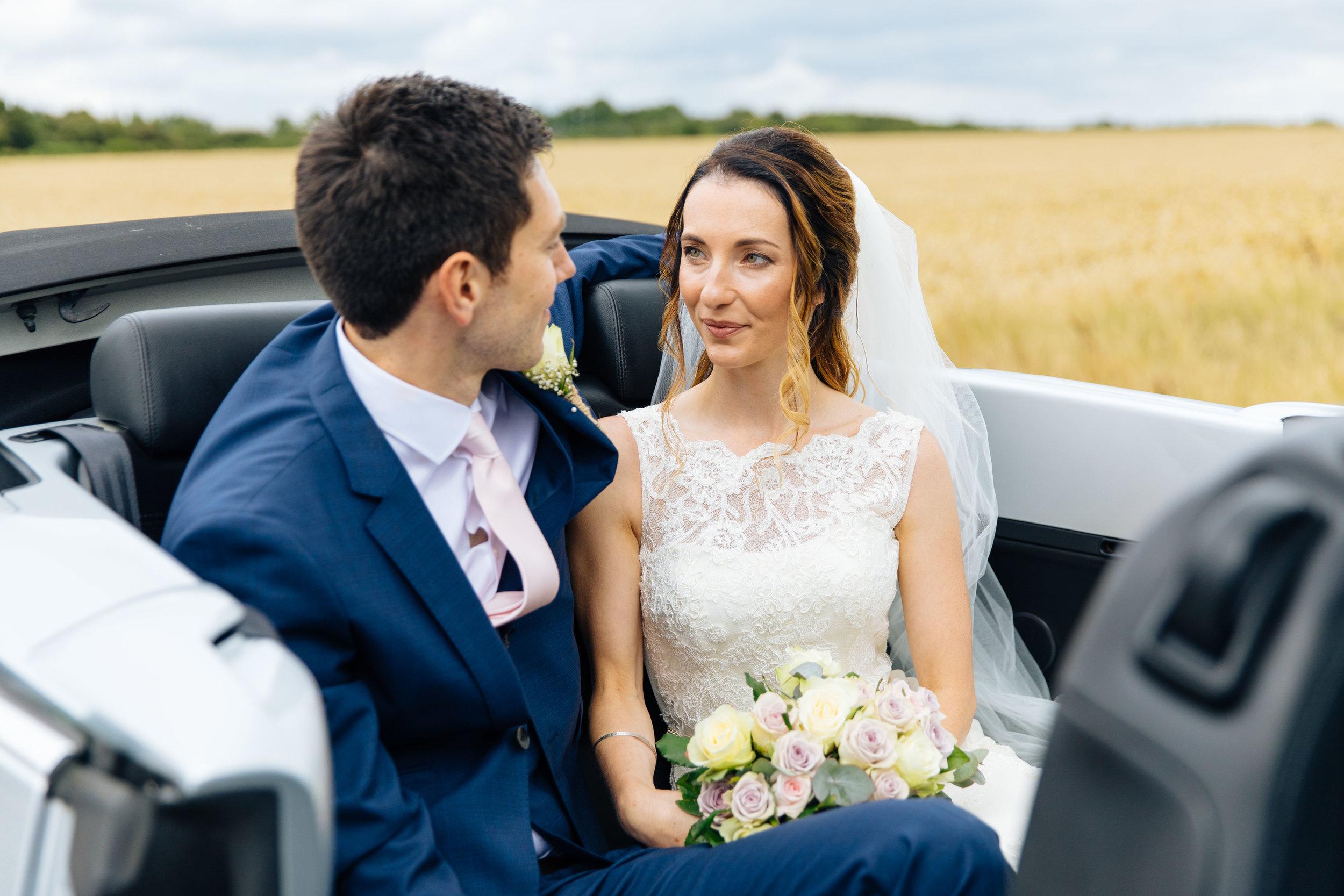 Cranfield, rustic farm wedding photographer-15.jpg