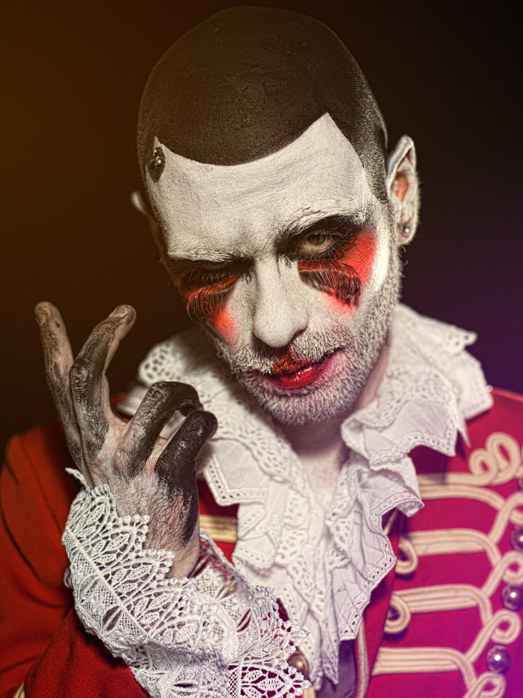 Portfolio_Clownville_konradtheking_2.jpg