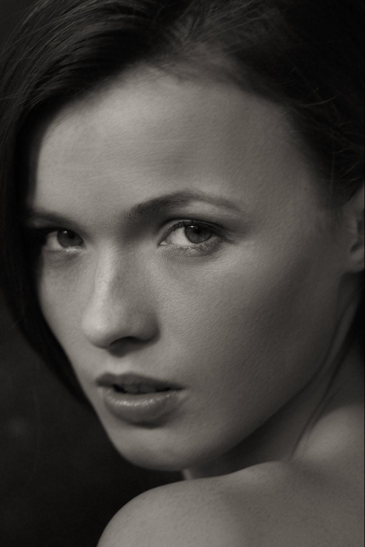 Portfolio_Portraits_alina_sirbu_13.jpg