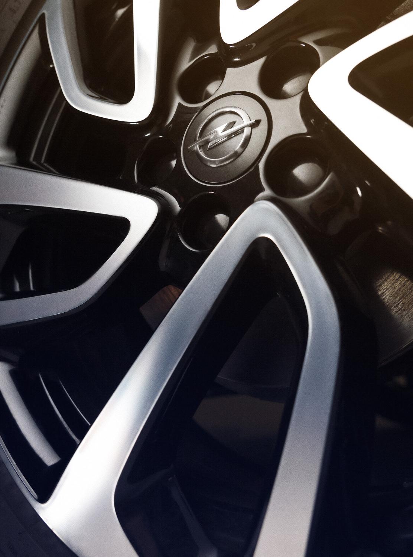 Opel-Grandlandx-02.jpg