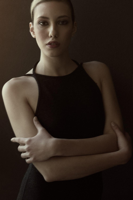 Portfolio_Portraits_Lucrezia_2.jpg