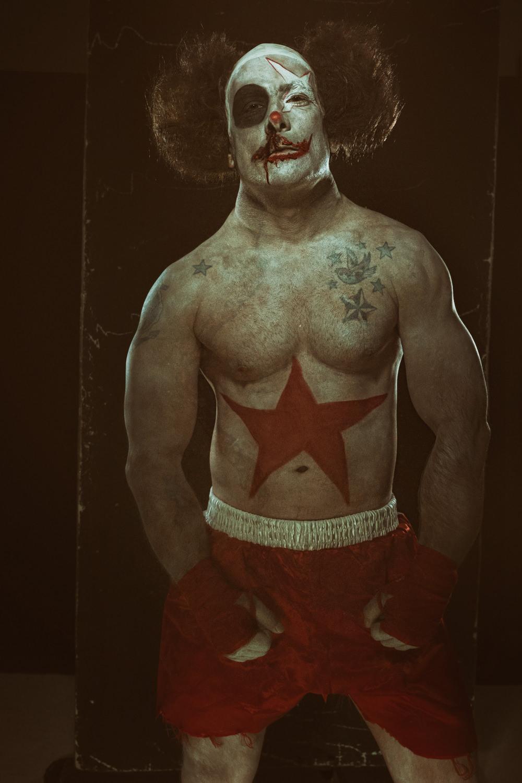 Portfolio_Clownville_The_Boxer_1.jpg