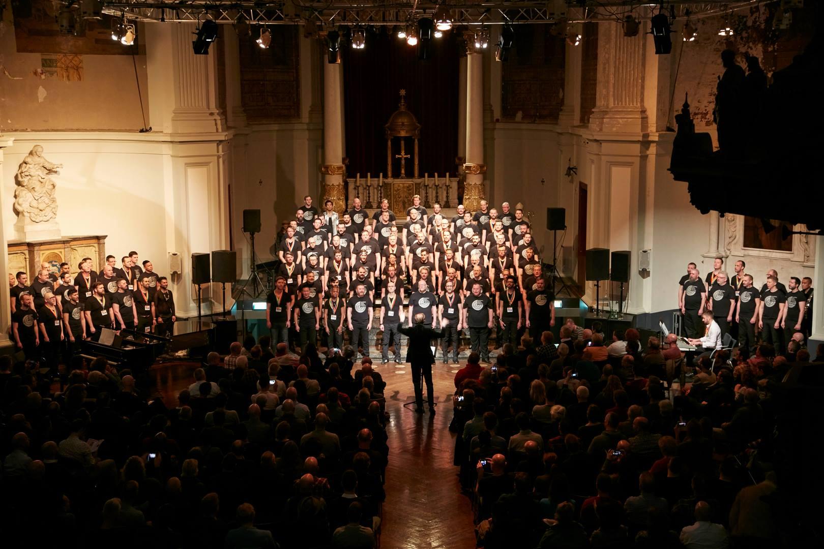 Optreden in de Duif met het London GMC / Performance in de Duif with the Londen GMC