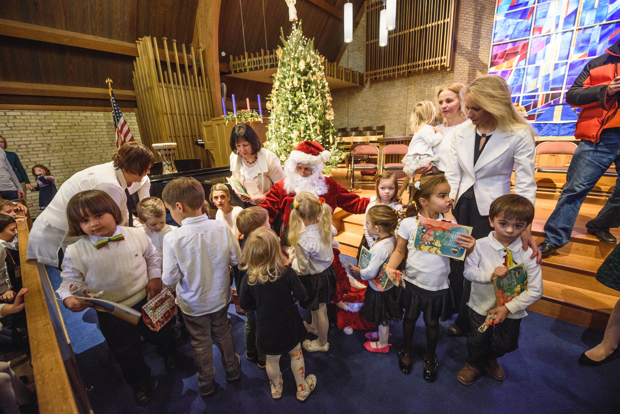 lithuanian school holiday assembly-9.jpg