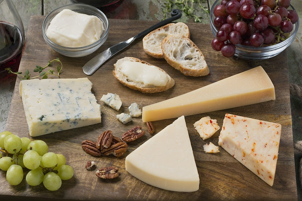 how-to-craft-best-cheese-board.jpg