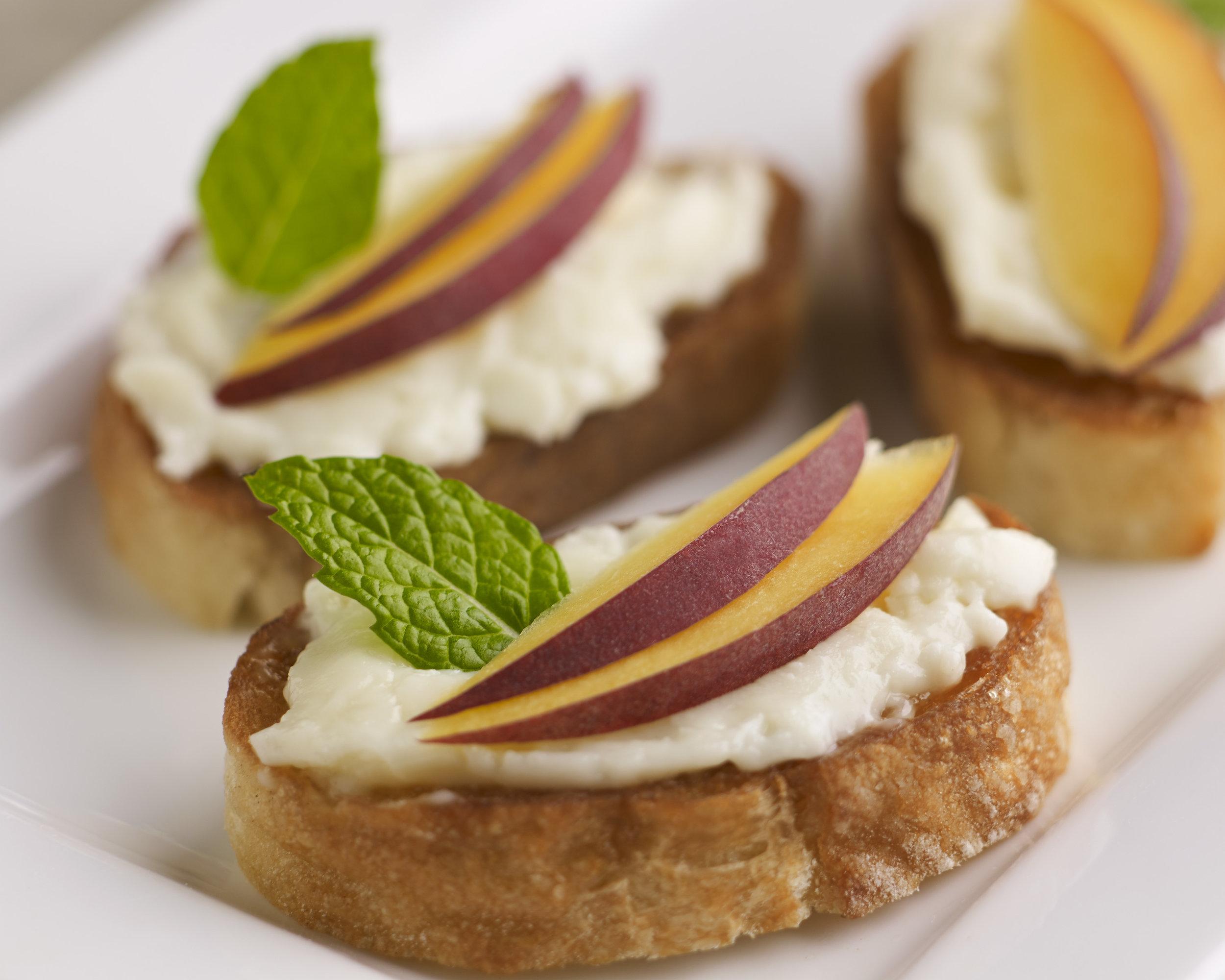 crescenza-stracchino-cheese-appetizer-recipes-3.jpg