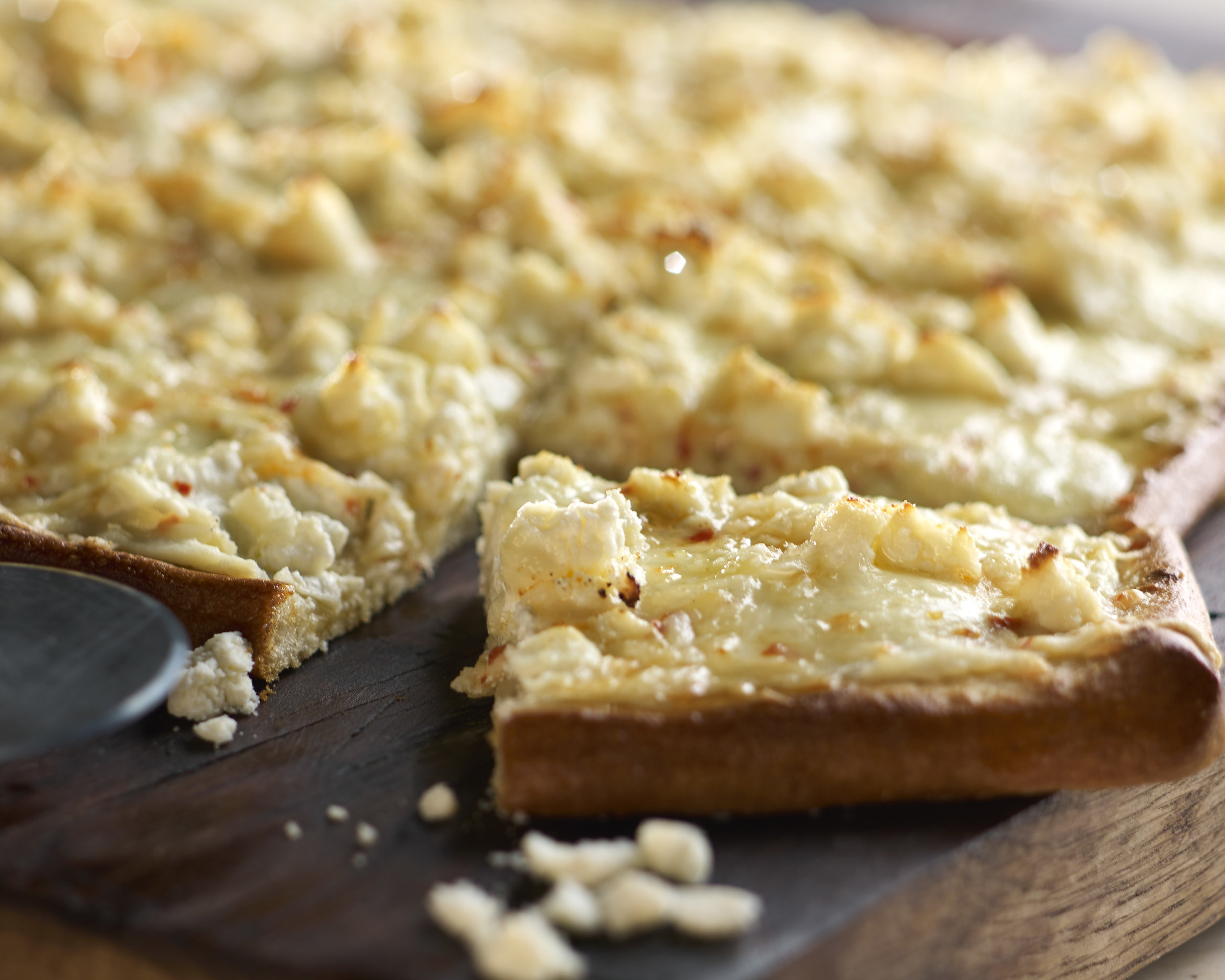 Zesty 4 Cheese White Pizza