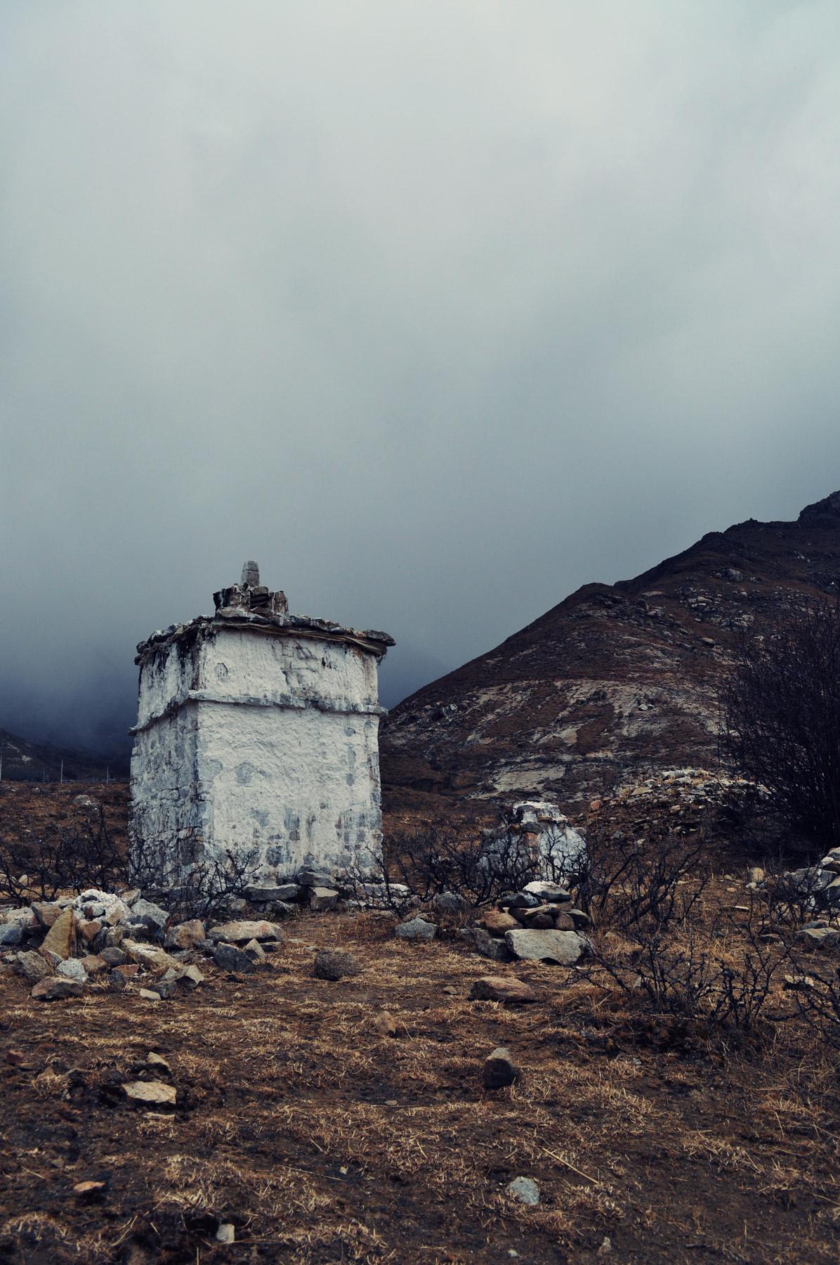 Lhasa Valley Stupa, Tibet