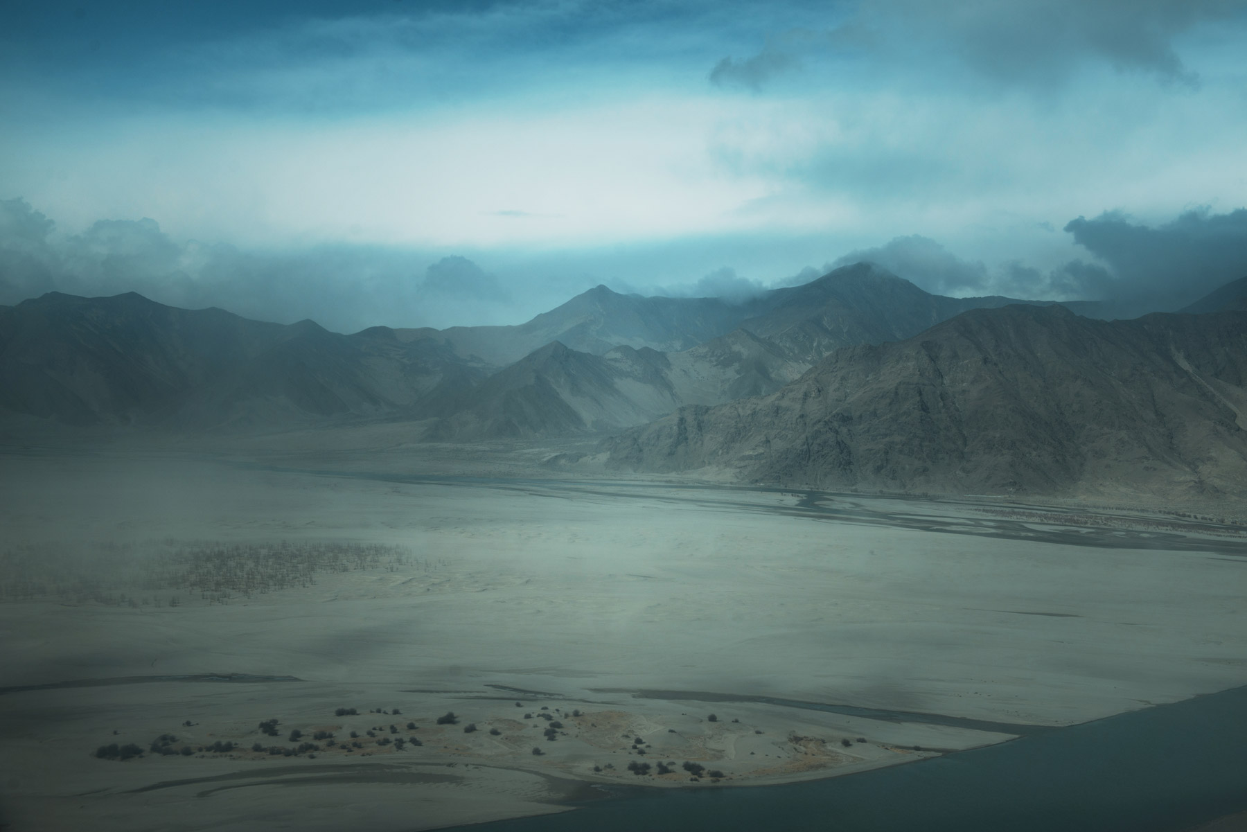 Sand, Tibet