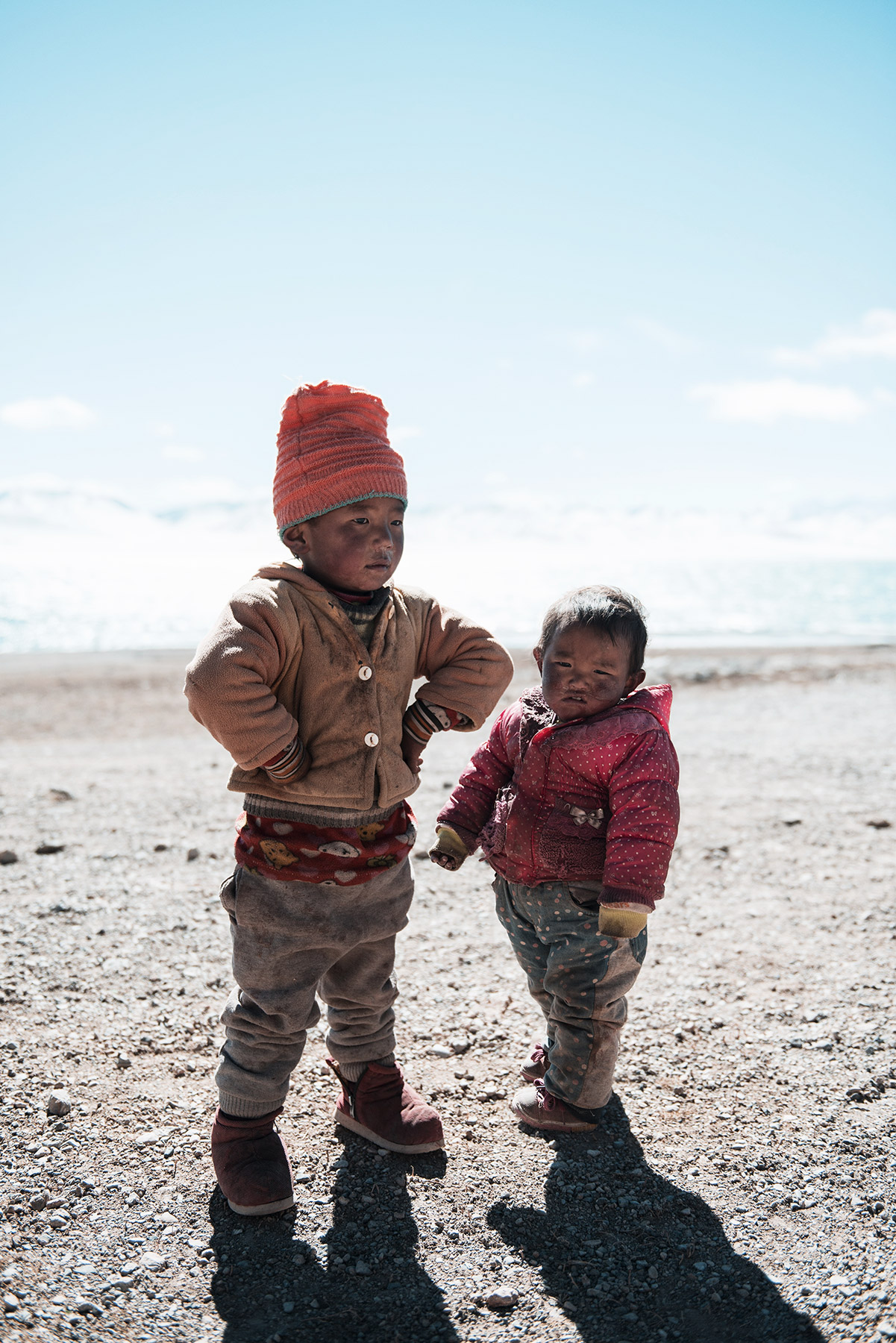 lake-namtso-tibet-children.jpg
