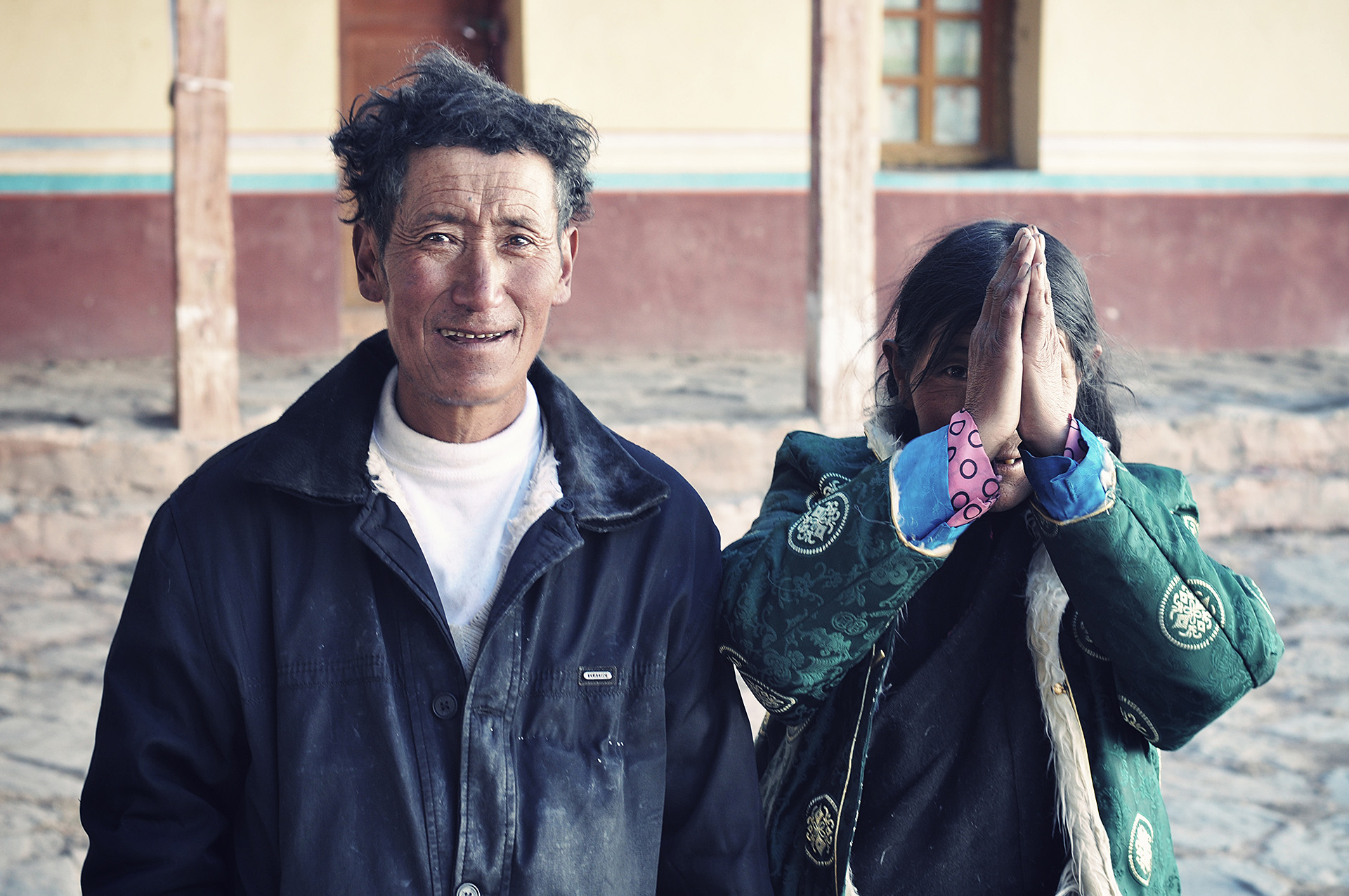 old-couple-pilgrims-tibet.jpg
