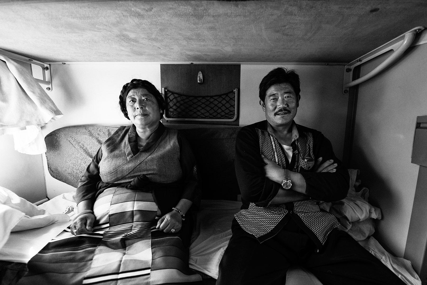 tibet-train-old-couple.jpg