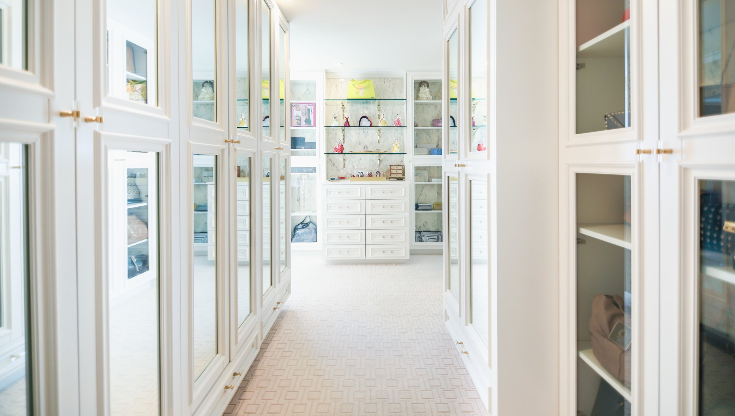 Joni closet cropped.jpg