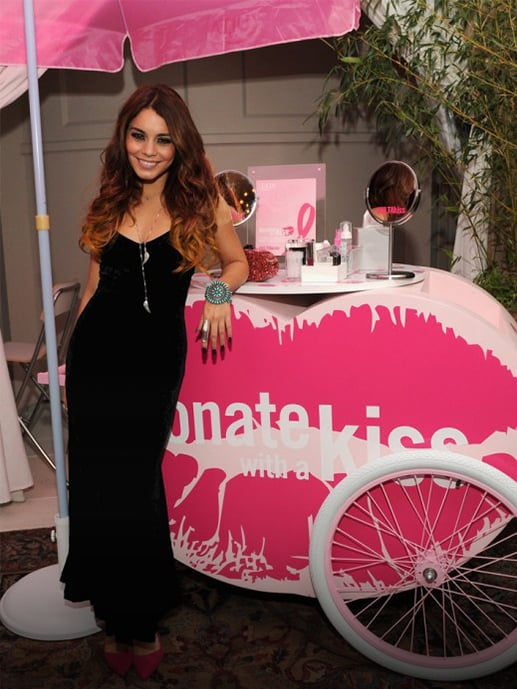 To re-invigorate the PR strategy in its third year,a Kiss Kart made its debut at the New York media celebrity kick-off event on October 1.