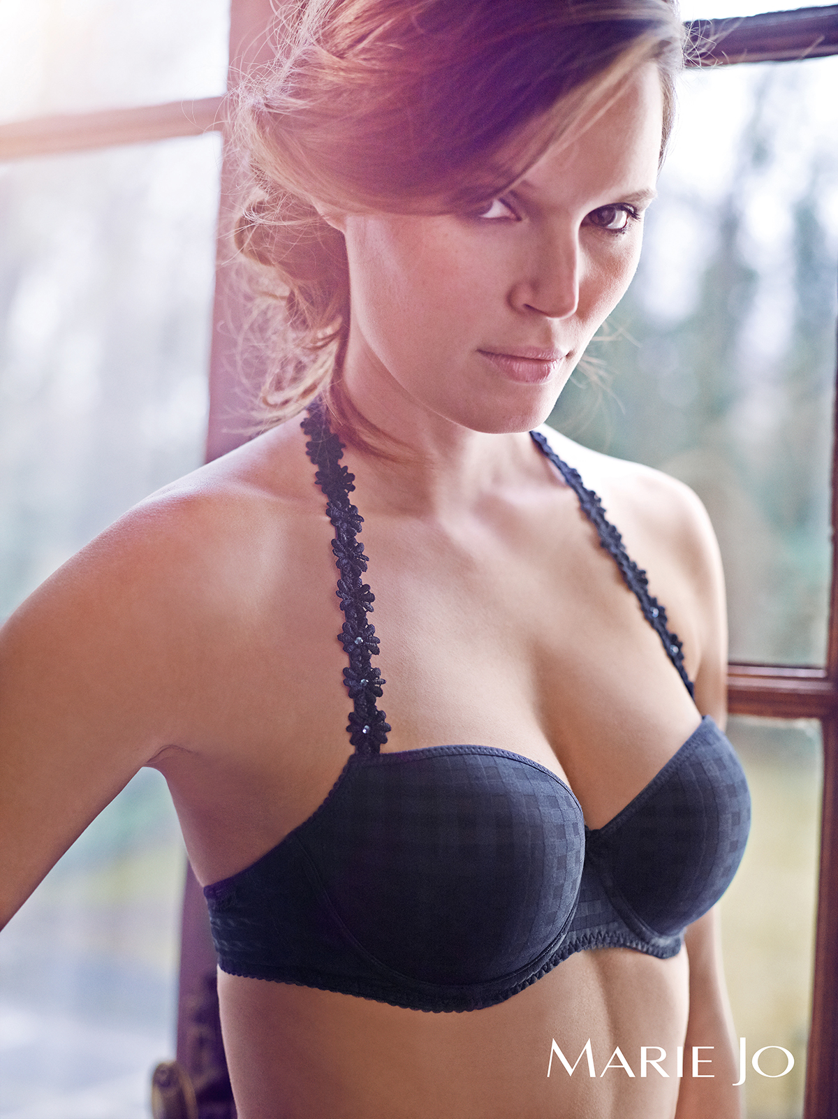 One of our longtime top-sellers, this bra is sturdy, practical yet charming.