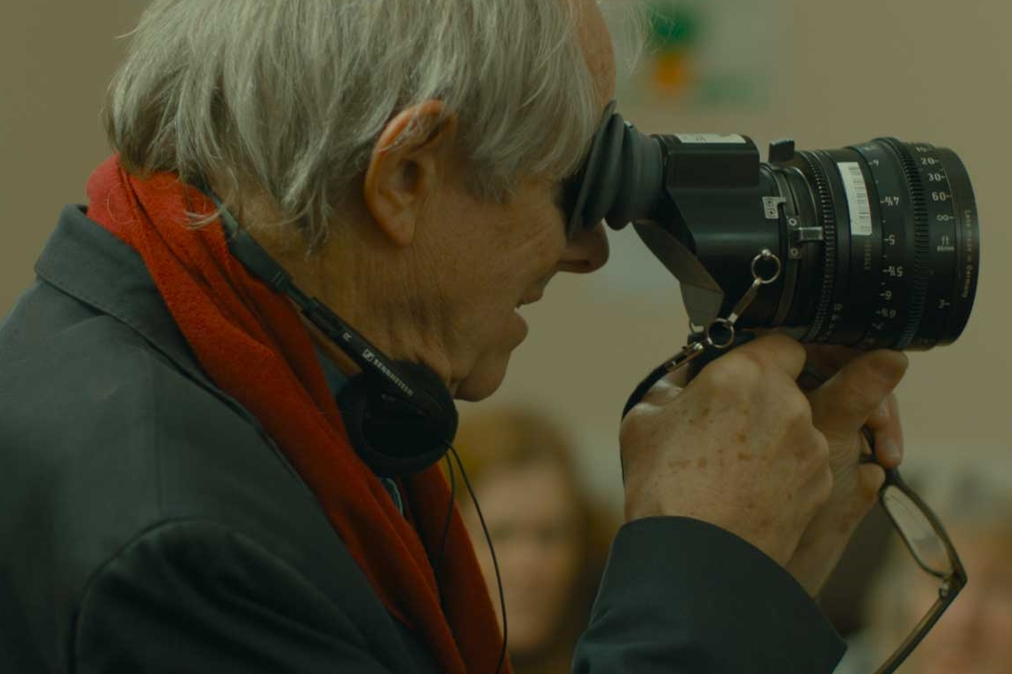 versus-the-life-and-films-of-ken-loach-dogwoof-documentary-9.jpg