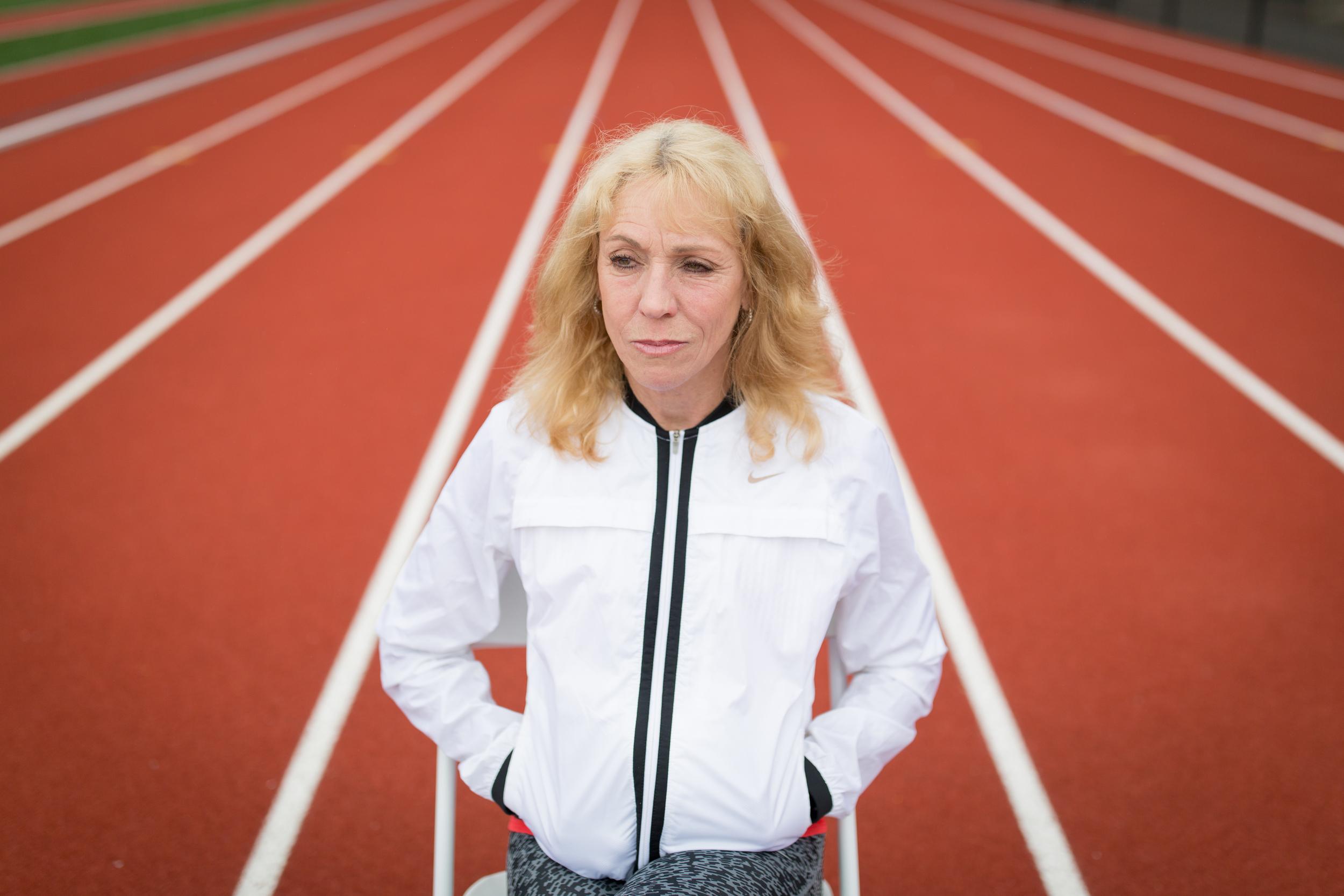 Mary Decker on running track 1.jpg