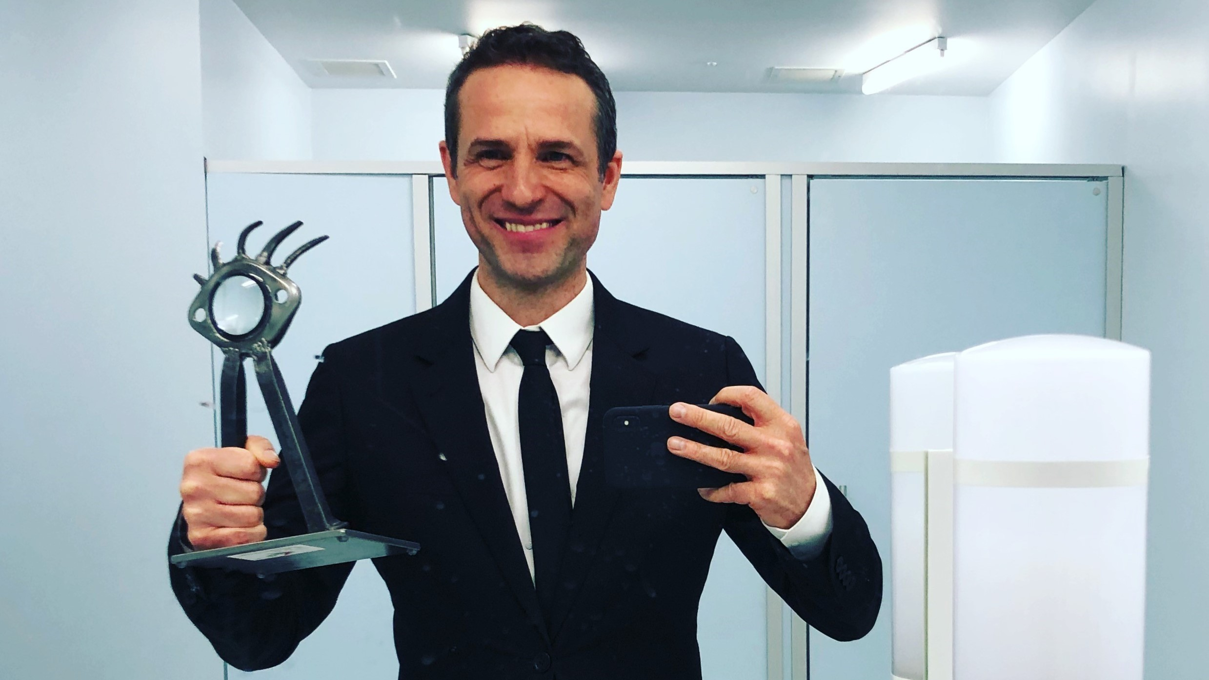 Pictured: director Gustavo Salmerón with the award