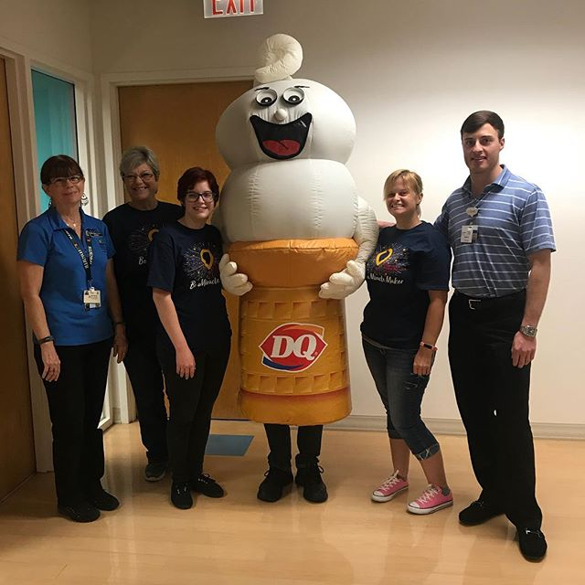 With all the excitement of #MiracleTreatDay last week we forgot to announce our intern, Christian's last day! He went out on a sweet note, helping distribute Blizzards to kids at Wolfson last Thursday. Thanks for all your hard work this semester. We wish you the best of luck in your next chapter!