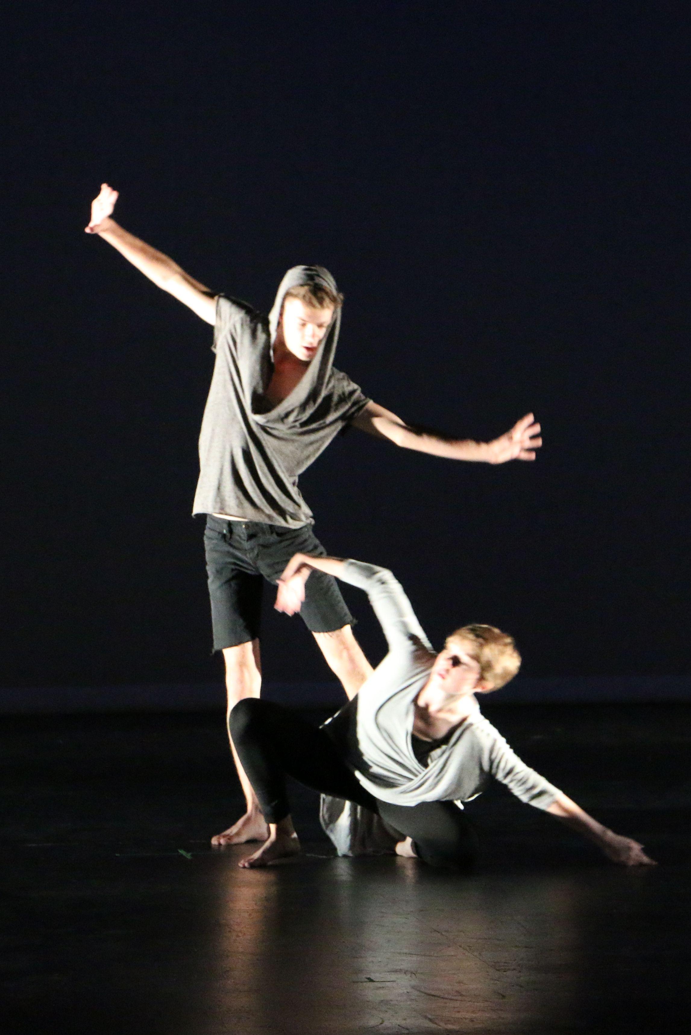 Exploratory Troup: Student Choreography