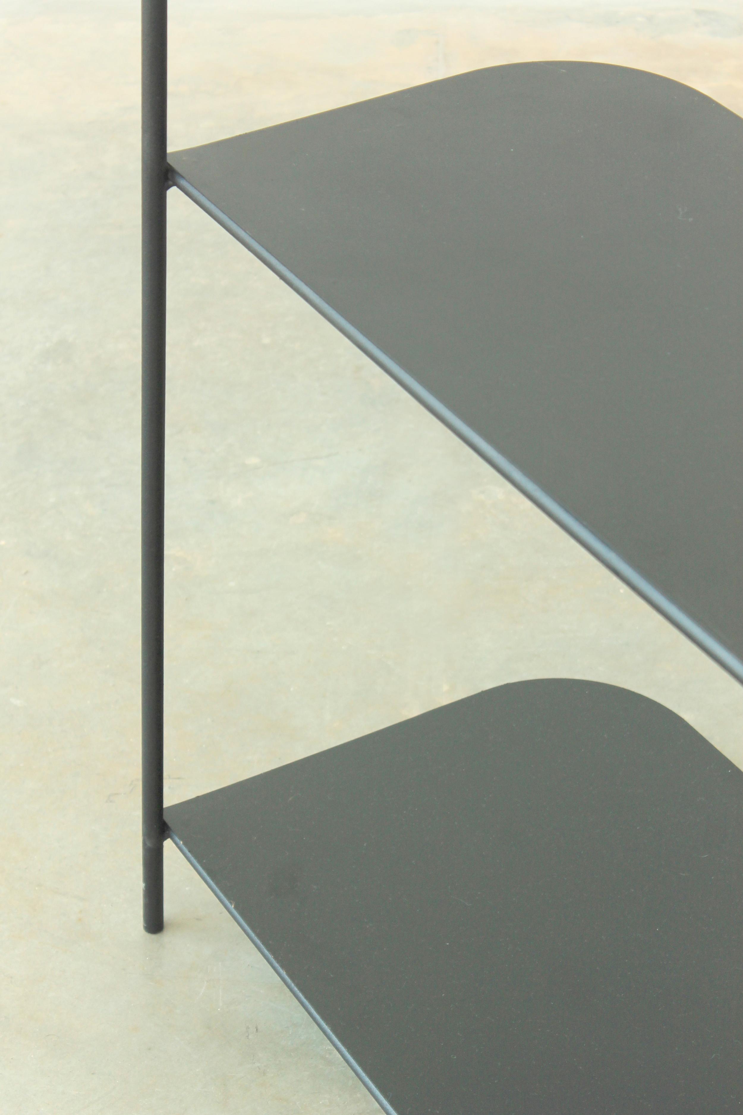 PY3   Estructura de varilla metálica Ø10mm  Dimensiones:  Módulos - 2200 x 1400 x 500  Terminación: pintura a horno