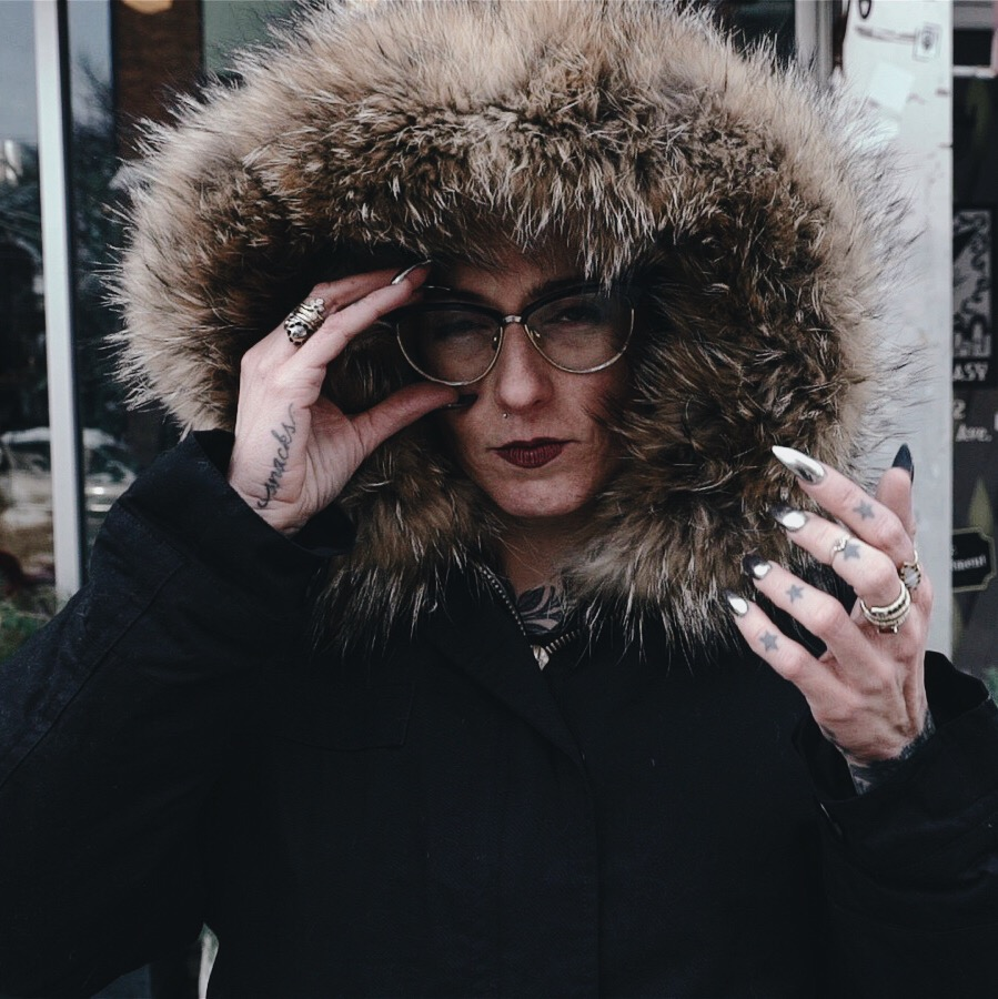 ELIZABETH CRONIN WEARING THE SIR & MADAME FOX PARKA PHOTOGRAPHED BY BRADLEY MURRAY