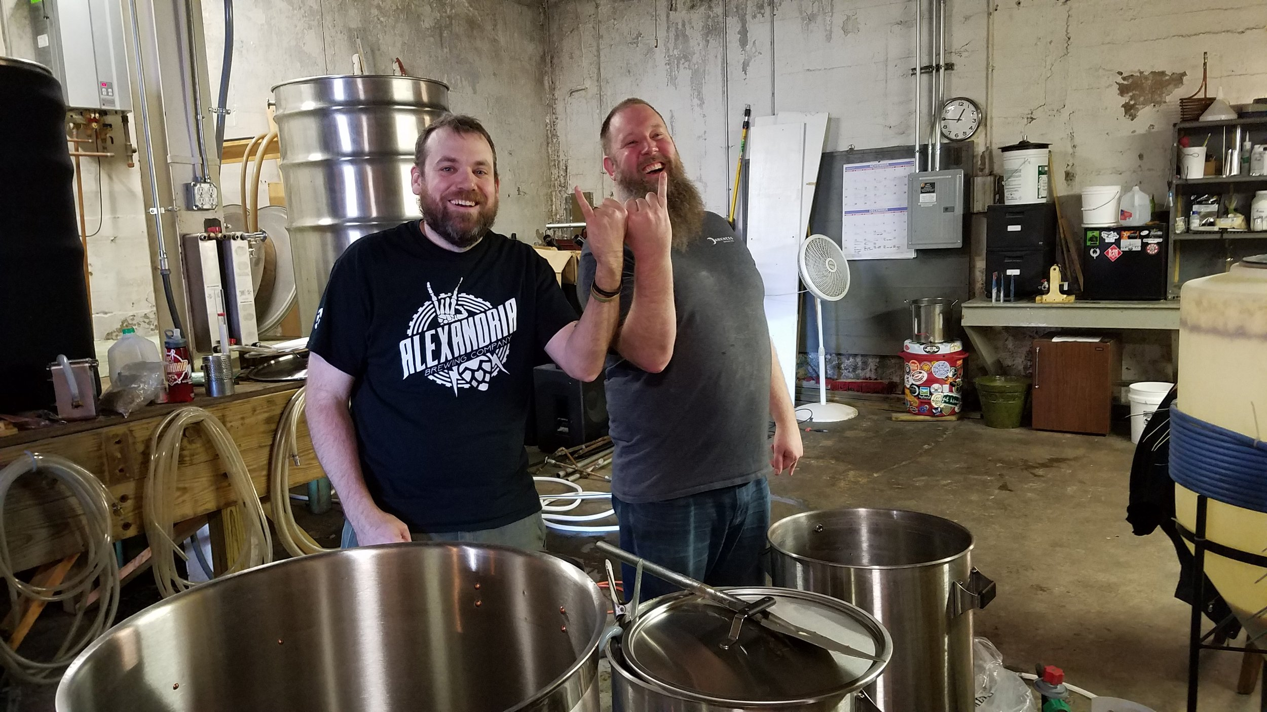 Andy Reynolds (Alexandria Brewing Co.) & Eric Bosler (Darkness Brewing) brewing Haus of Schwartz & Wit