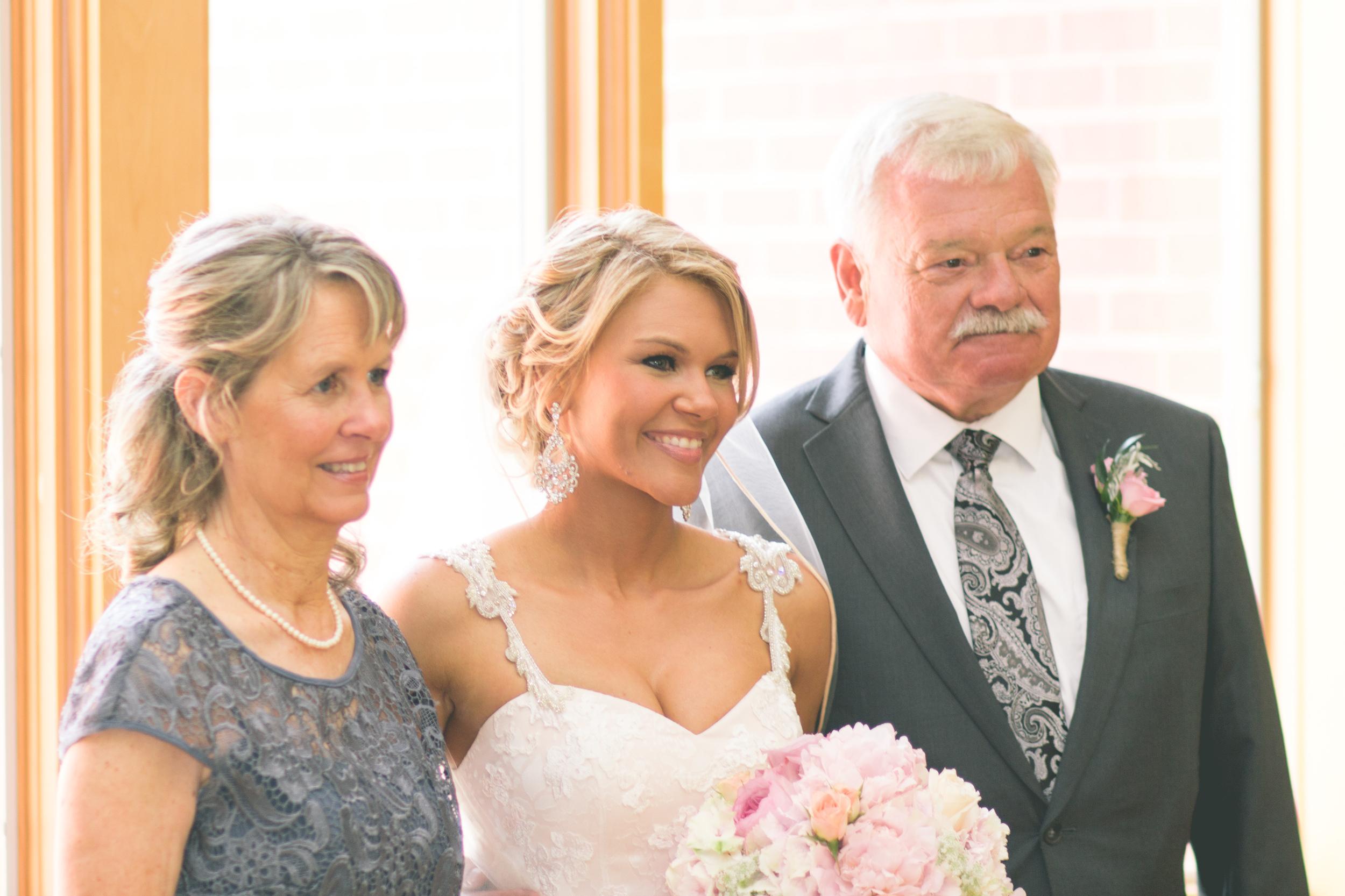 Ashley_Joe_Rustic_Wedding-7.jpg