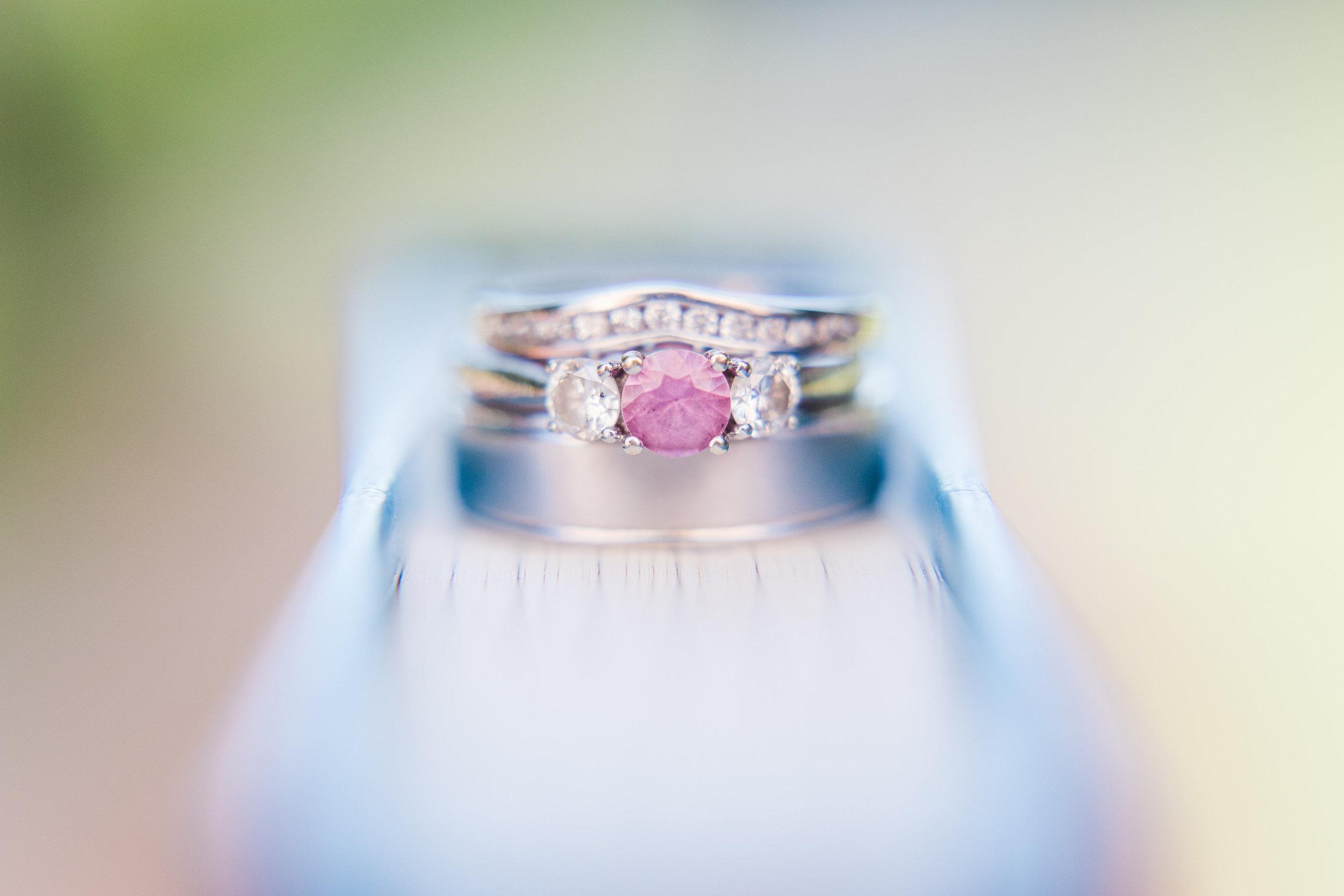 Book_Wedding_Ring