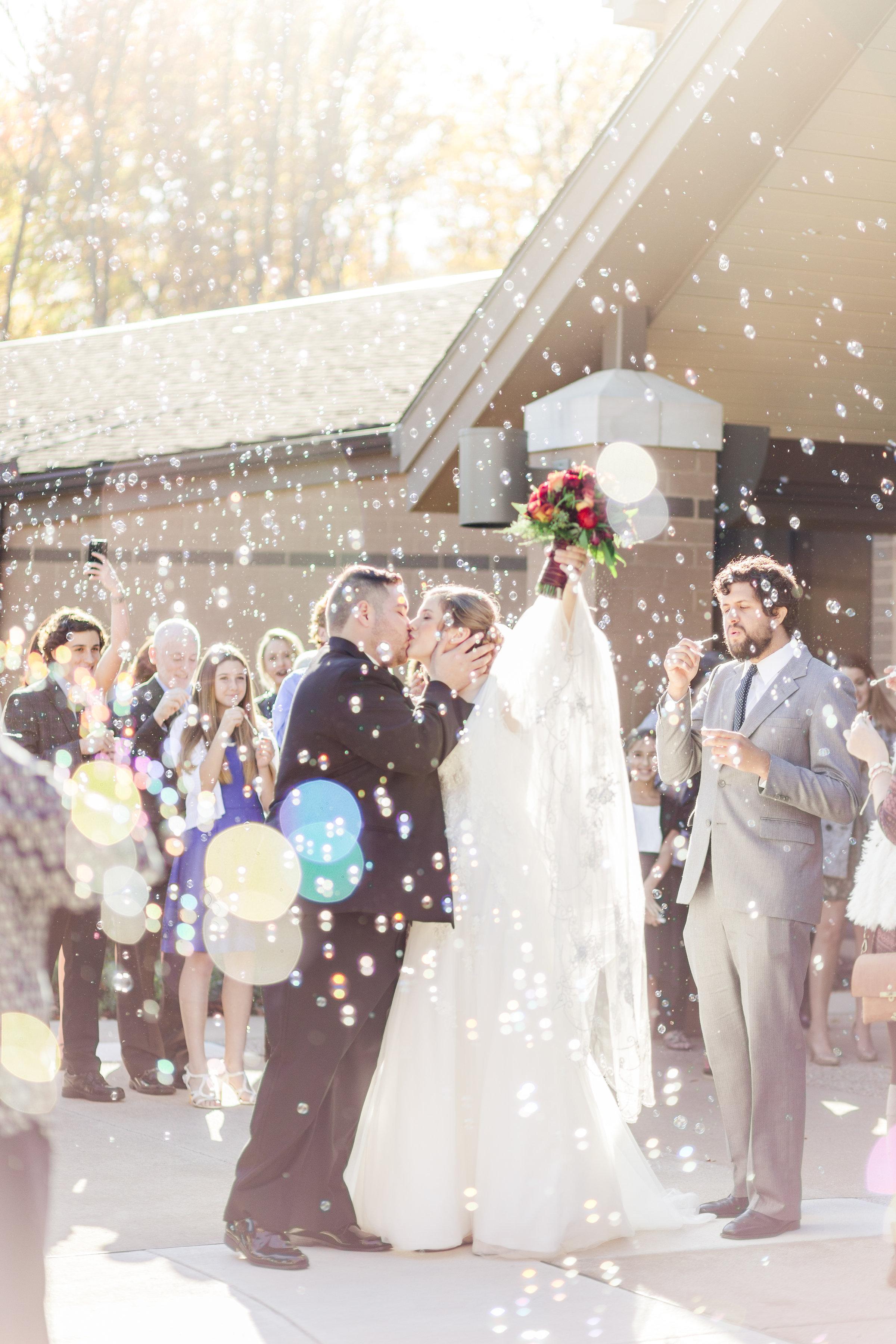 Wedding_Bubble_Exit