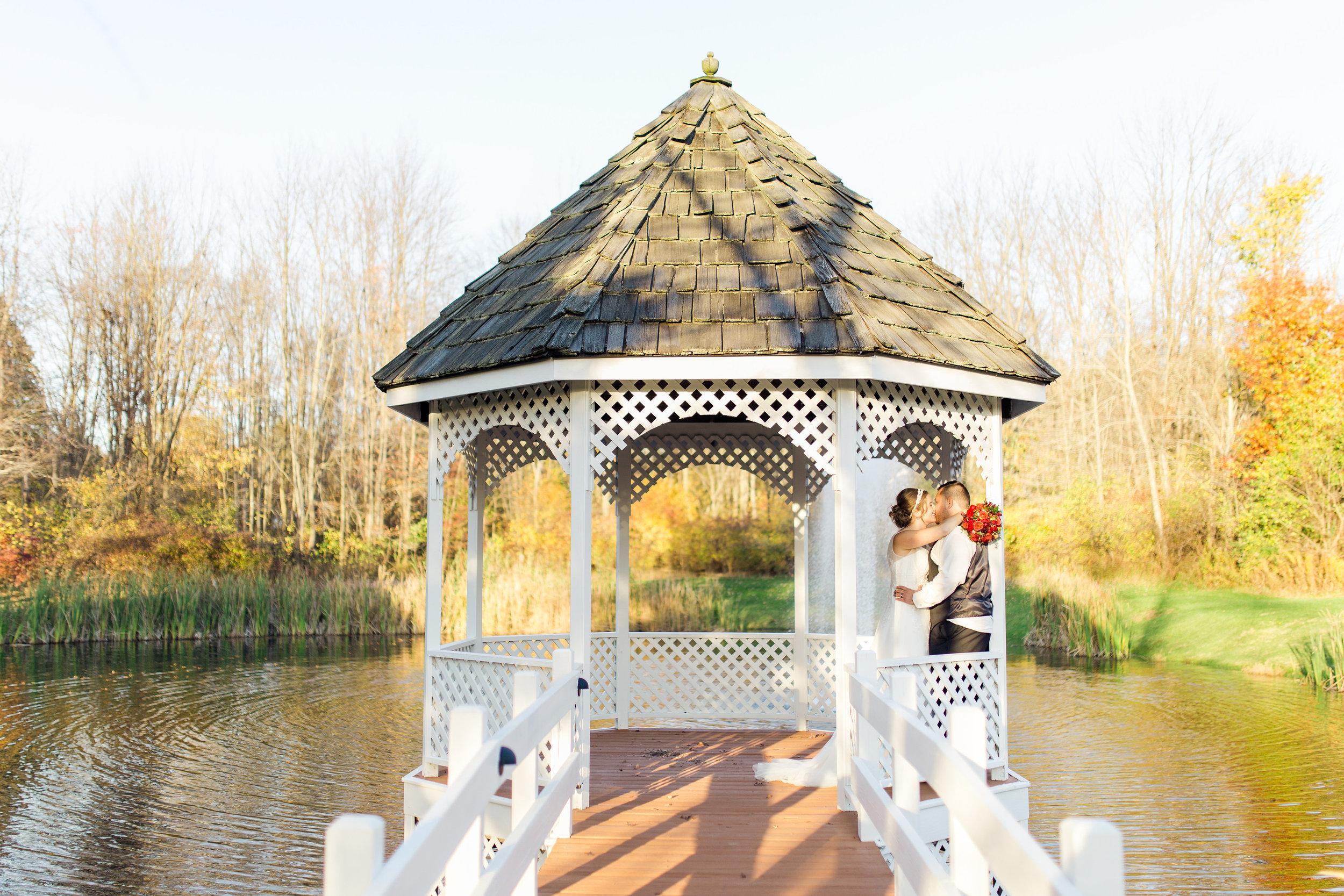 Wedding_Gazebo_Lake